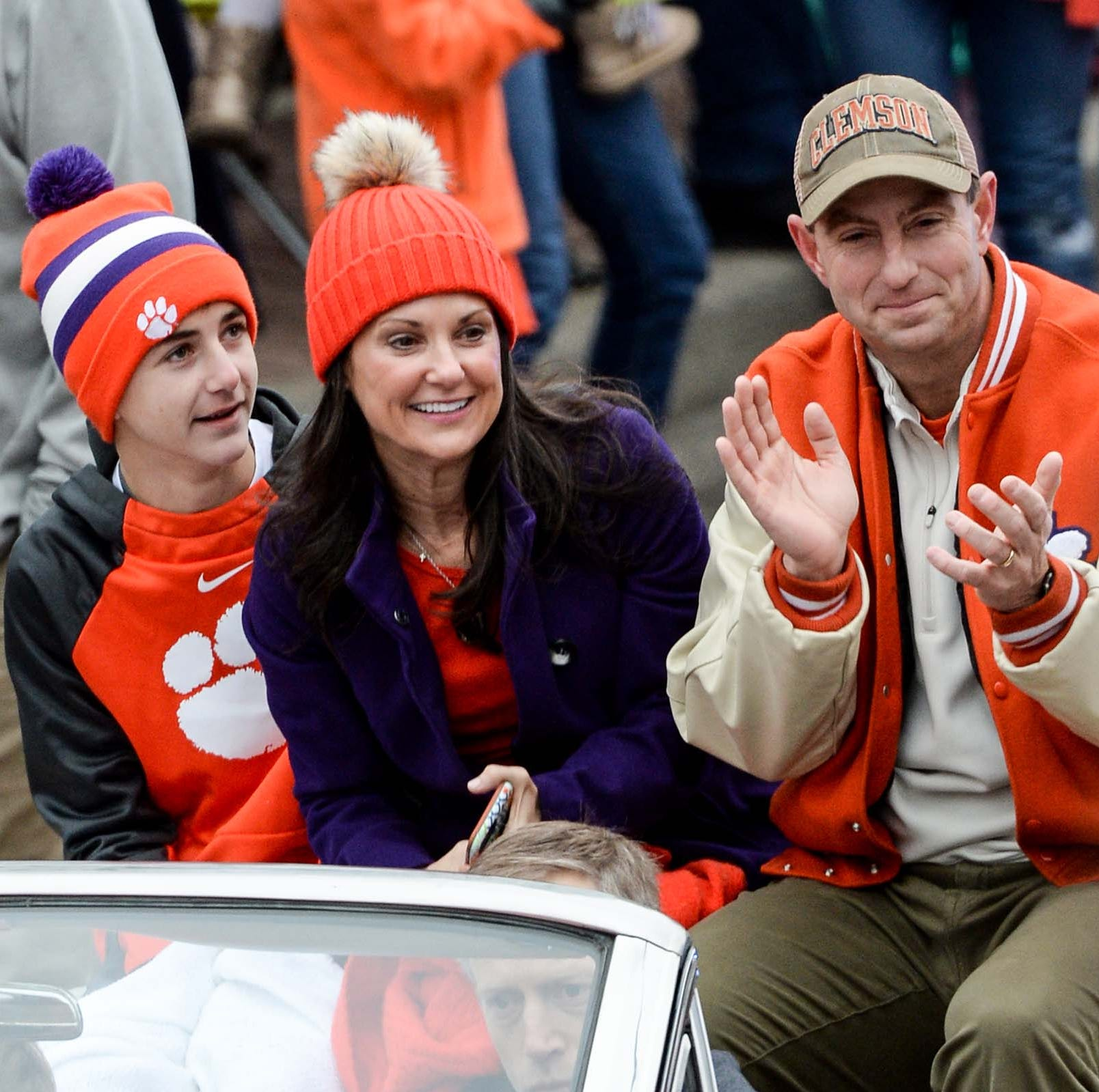 If Dabo Swinney ever leaves Clemson football, he should go to the NFL, not Alabama