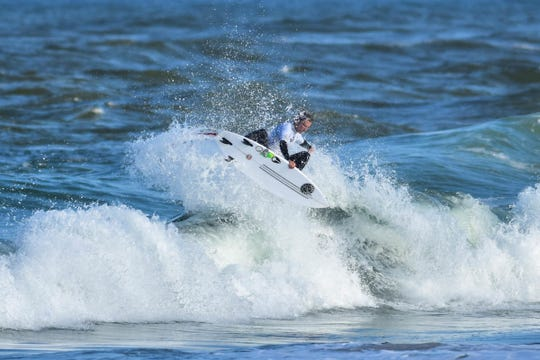 """Chauncey Robinson of Florida Beach excels on his """"home"""" waves."""
