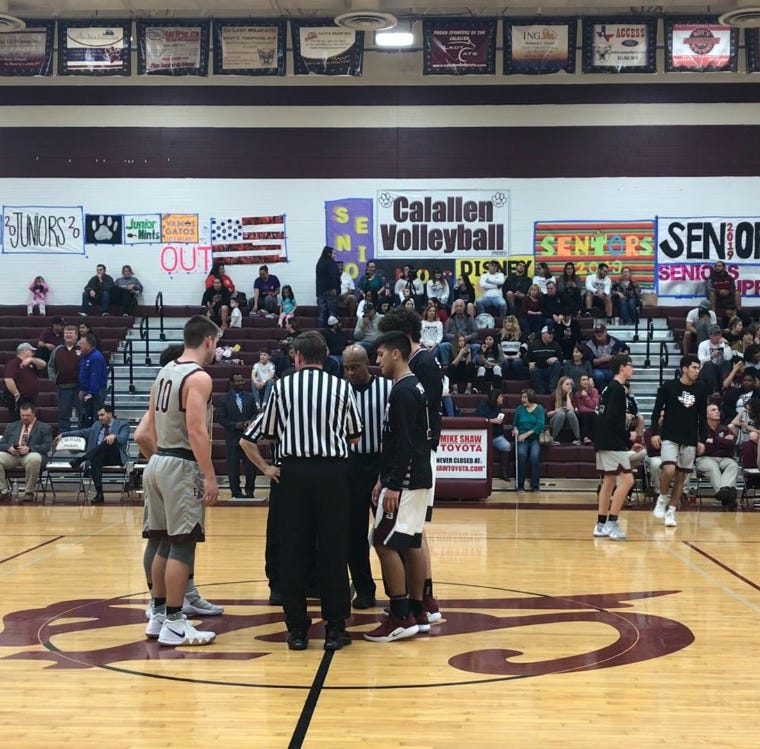 Flour Bluff pulls away from Calallen for key district win in high school boys basketball