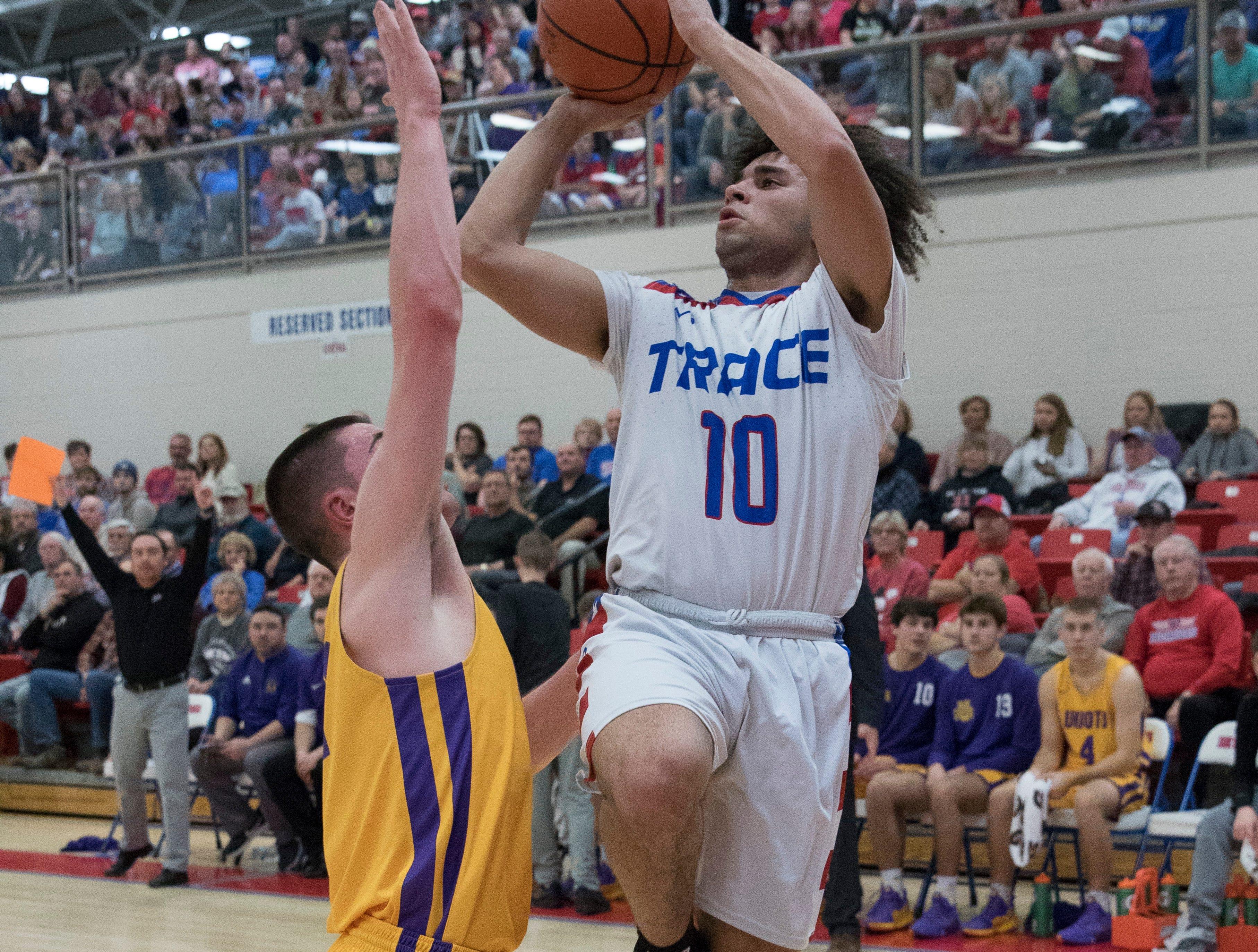 Zane Trace defeated Unioto Friday night 46-35 at Zane Trace High School.