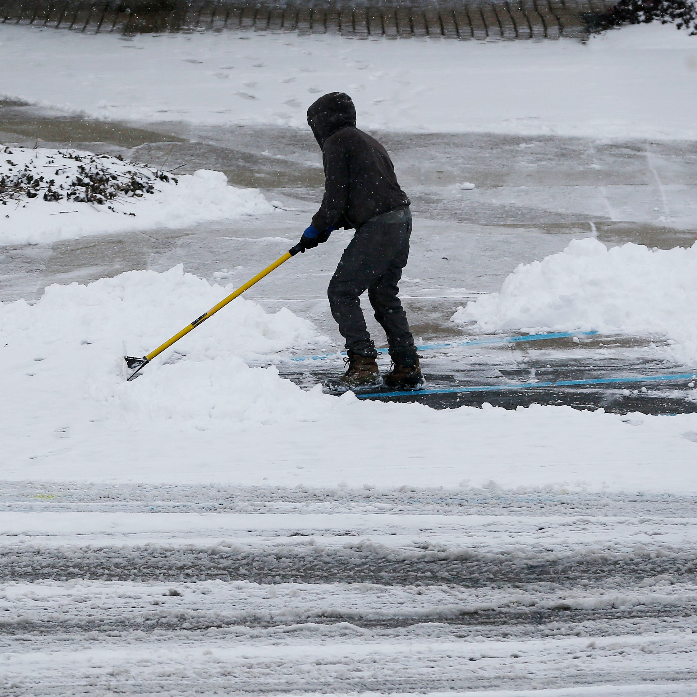 Snow emergency declared in some cities; overnight accumulation hits Greater Cincinnati