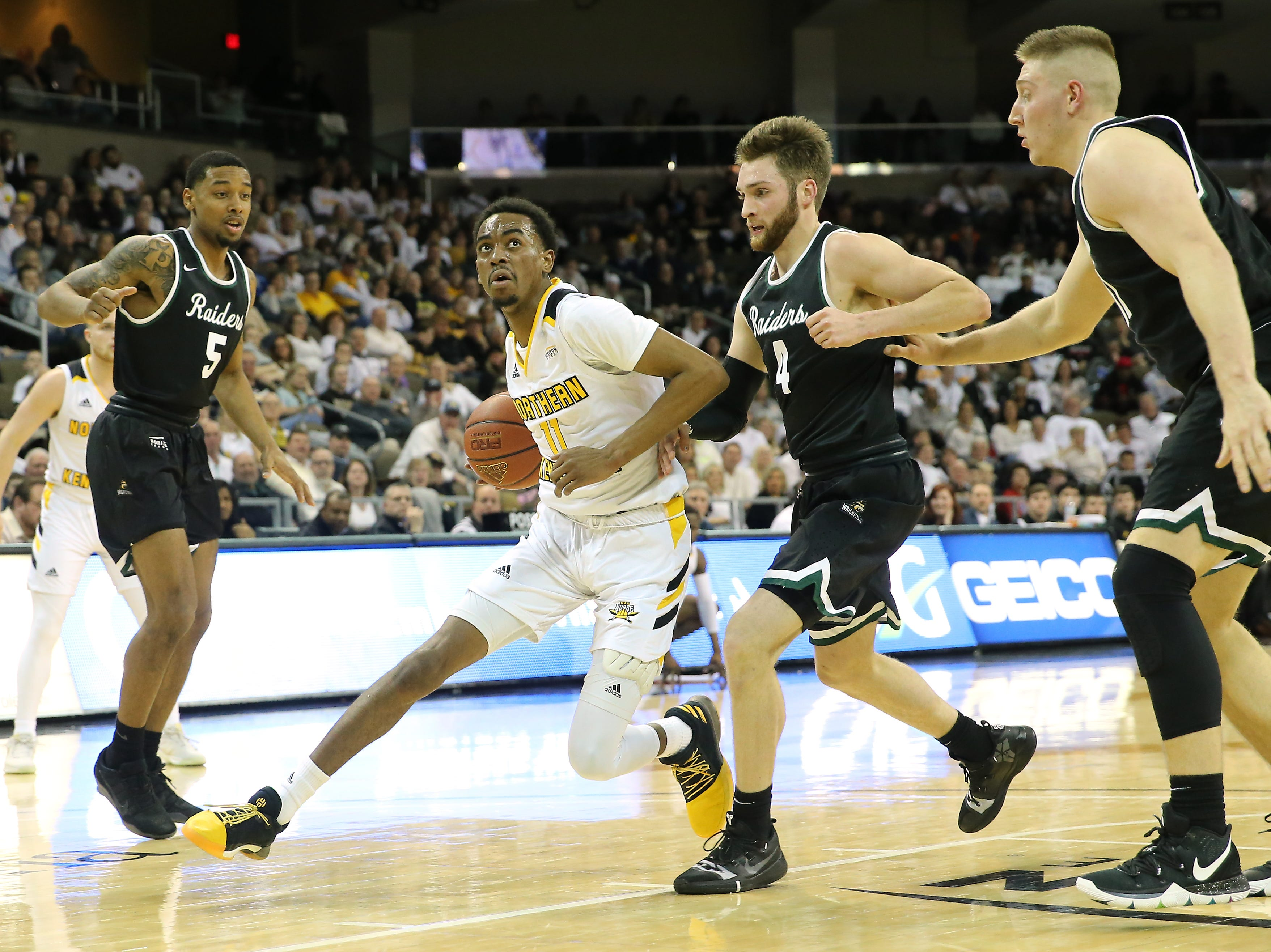 NKU guard Jalen Tate eyes the basket on a drive in the first half.