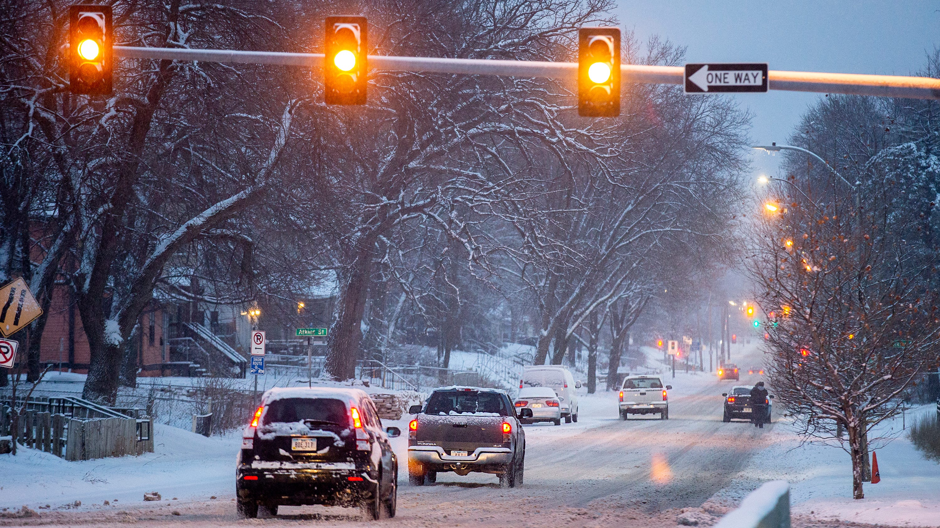 Des Moines First Significant Snowfall Results In
