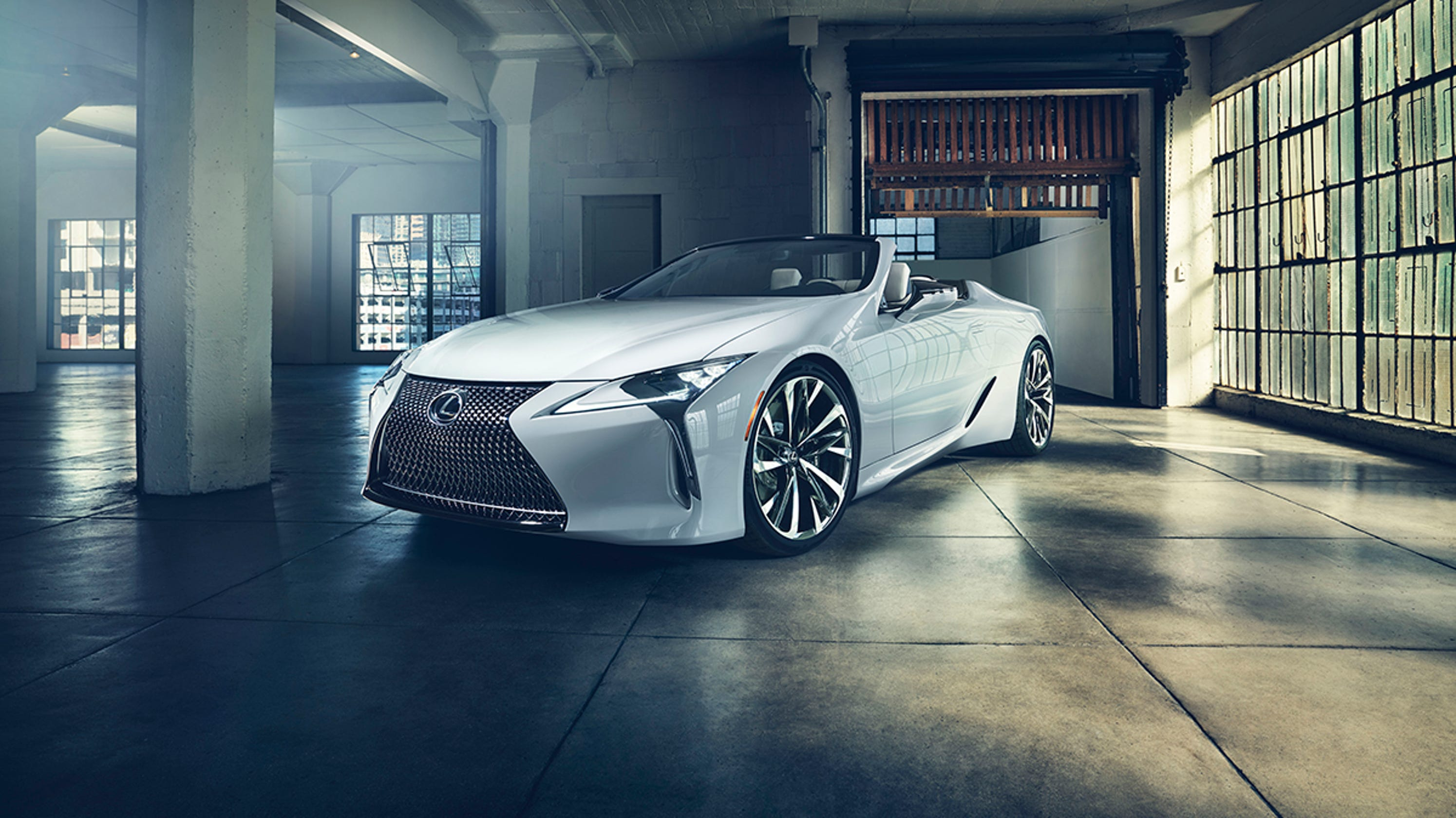 show at auto Detroit luxury unveils Lexus concept convertible