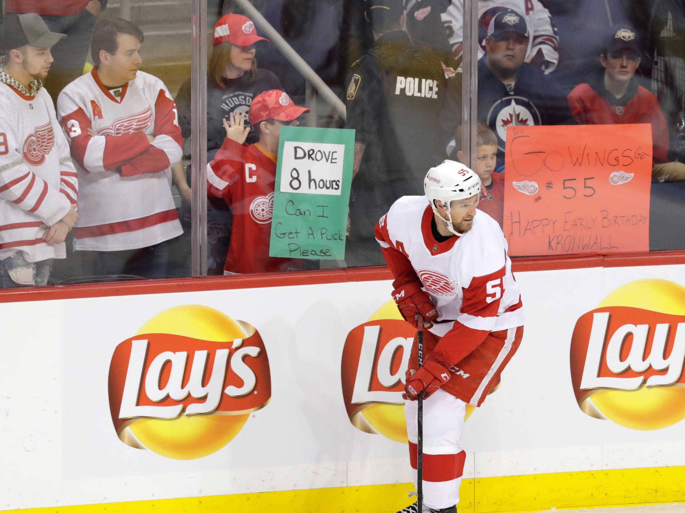 Defenseman Niklas Kronwall skates past Detroit Red Wings fans before a game against the Winnipeg Jets at Bell MTS Place, Jan. 11, 2019 in Winnipeg.