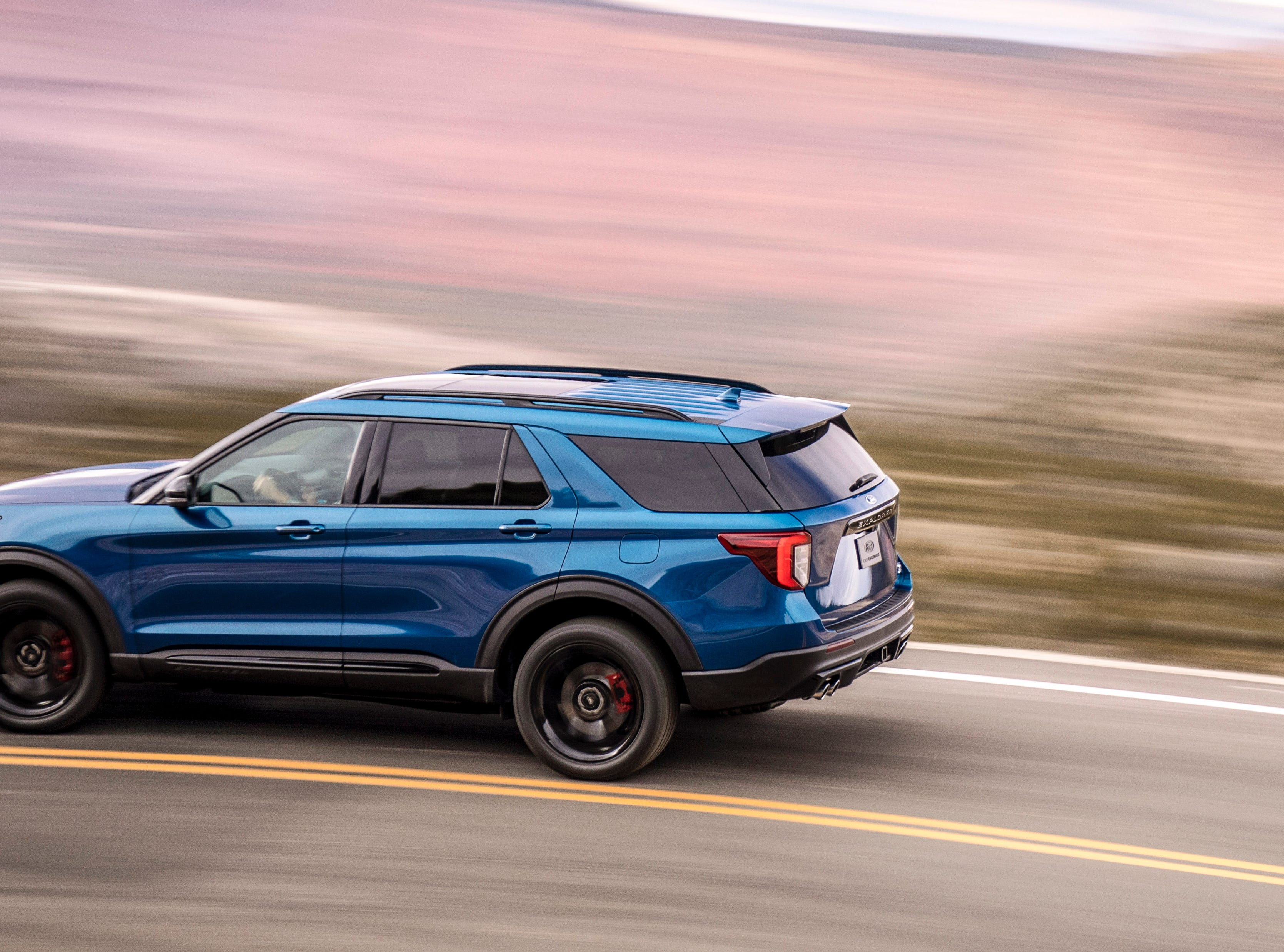 """""""Explorer ST uses a specially tuned 3.0-liter EcoBoost® engine projected to achieve 400 horsepower and 415 lb.-ft. of torque. A top speed target for track drivers stands at 143 mph."""""""