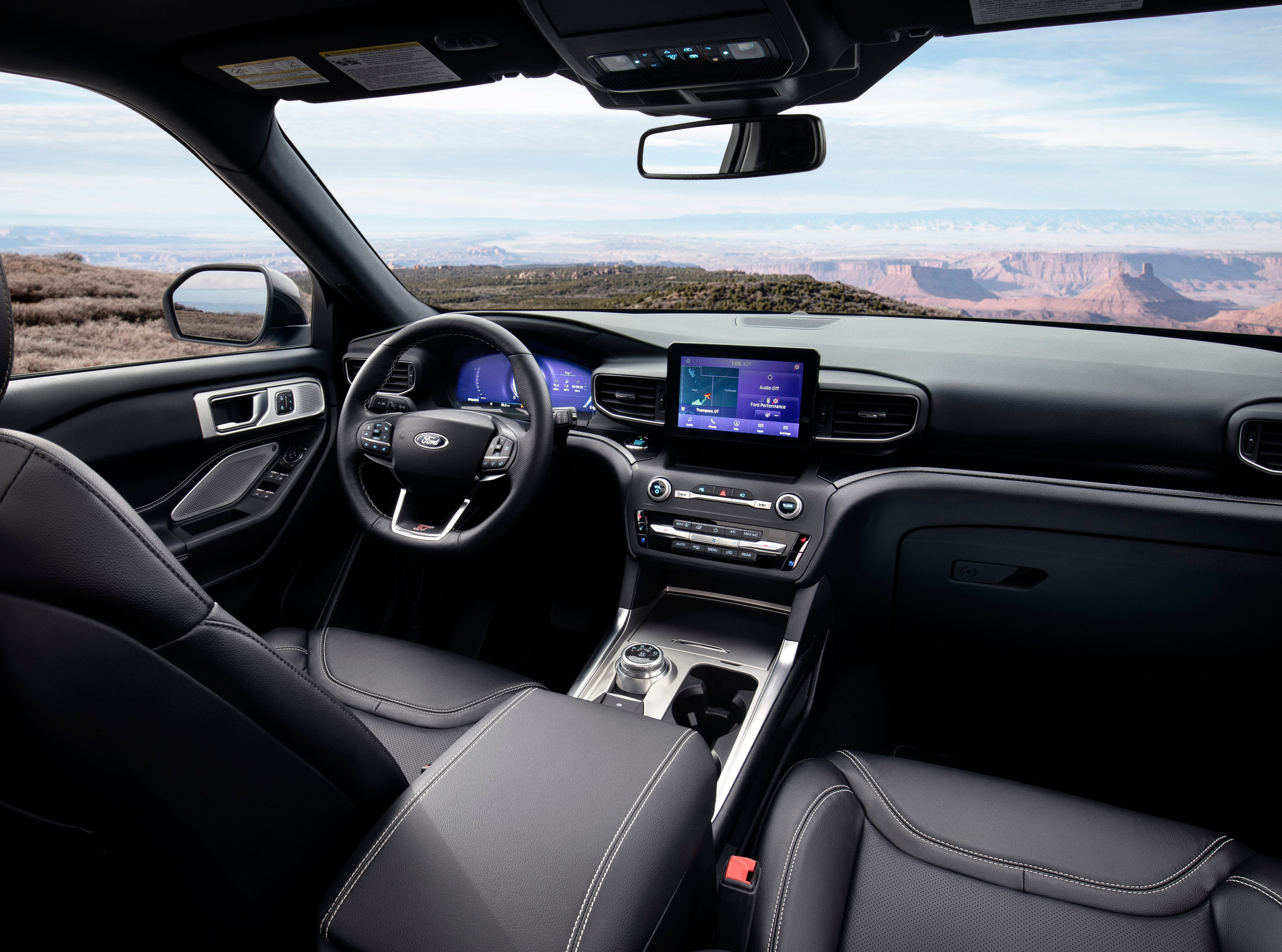"""""""As with Edge ST, Explorer ST offers a Sport mode for an exhilarating ride. When engaged via the selectable drive mode dial in the center console, the steering system tightens for sportier reaction, the gas pedal responds more aggressively, gears hold longer and shift quicker, and an enhanced engine note plays through the cabin."""""""
