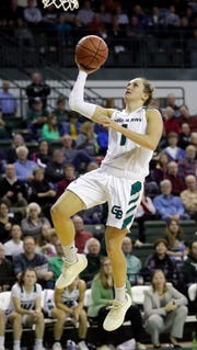 UWGB senior guard Jen Wellnitz goes up for a shot during the Phoenix's game against Youngstown State on Jan. 12, 2019 at the Kress Center.