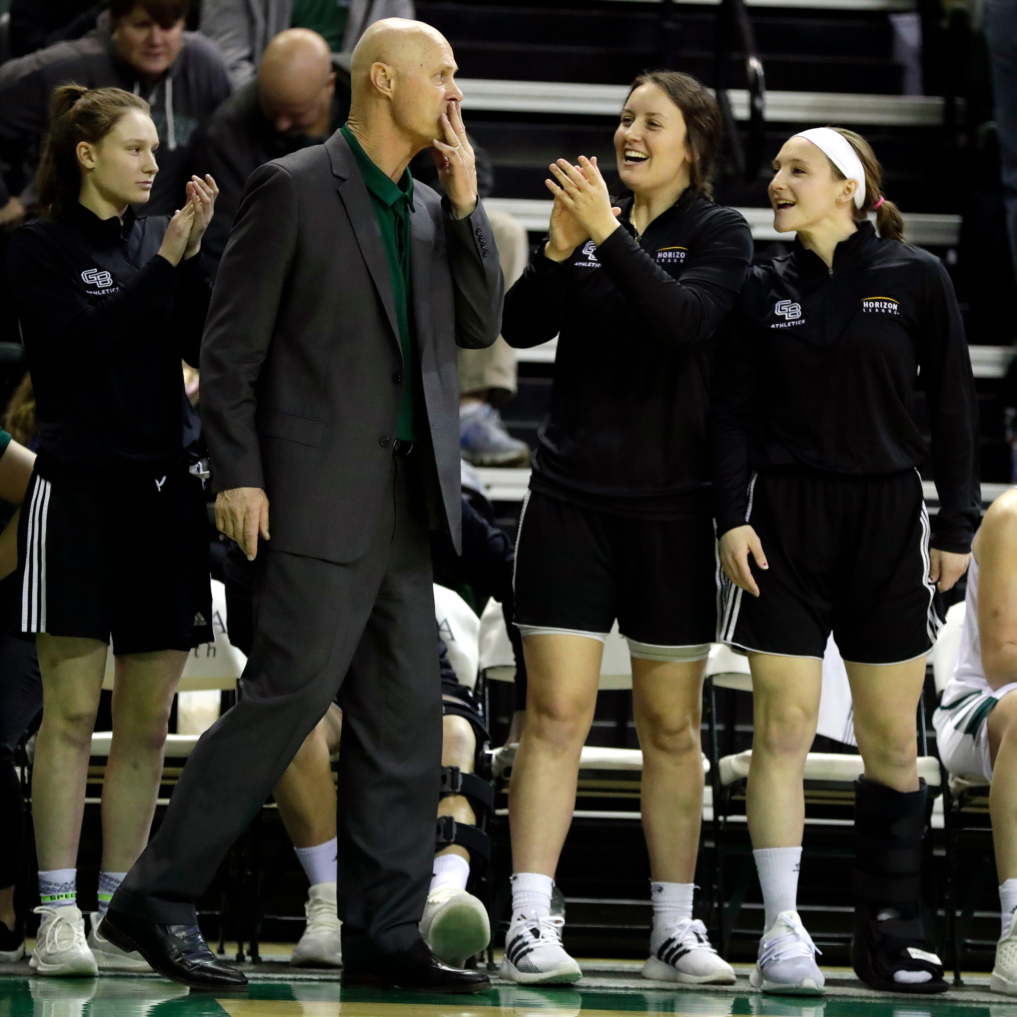 UWGB women: Borseth achieves 700th career win