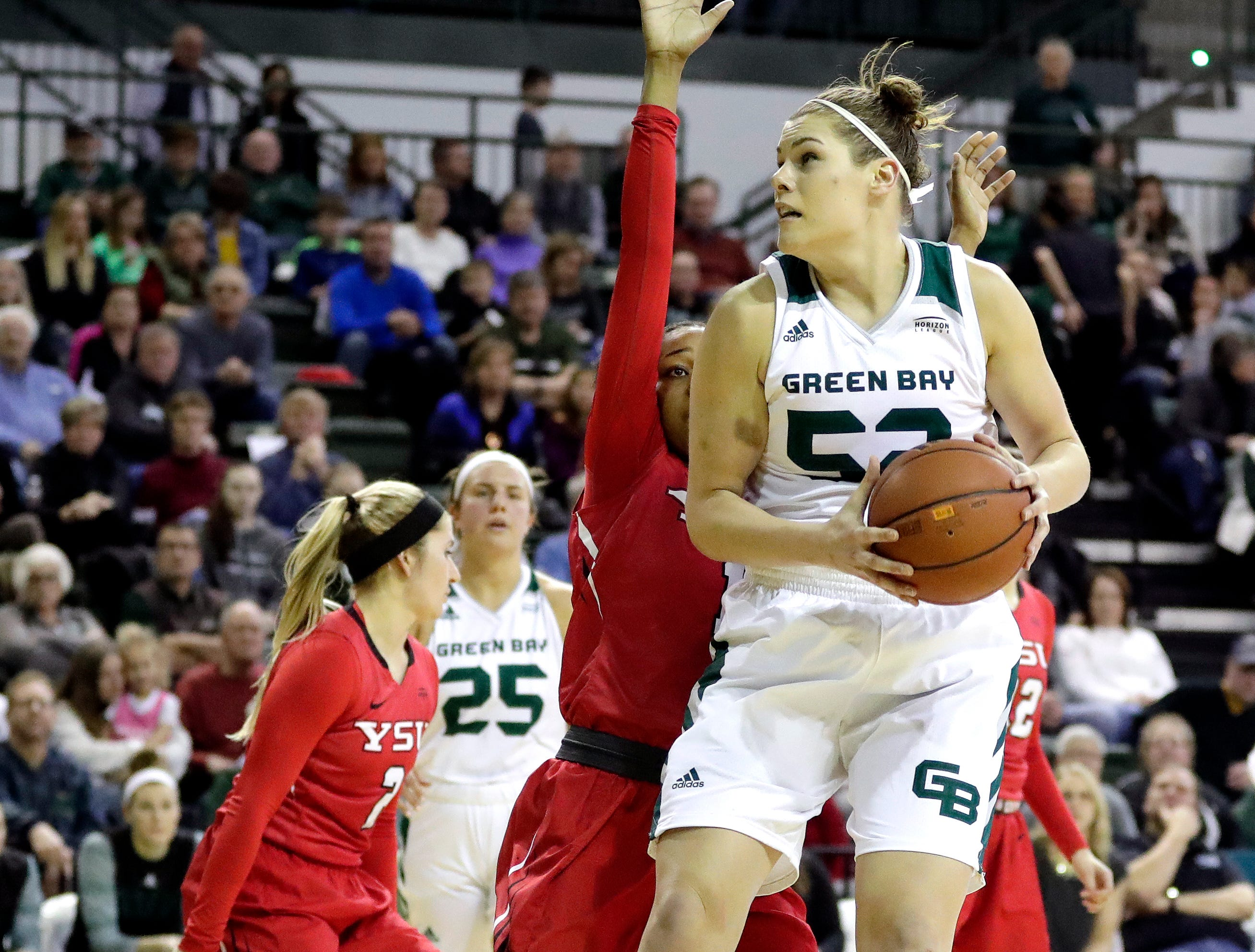The UWGB women's basketball team defeated Youngstown State 60-42 on Jan. 12, 2019 at the Kress Center. Sarah Kloepping/USA TODAY NETWORK-Wisconsin