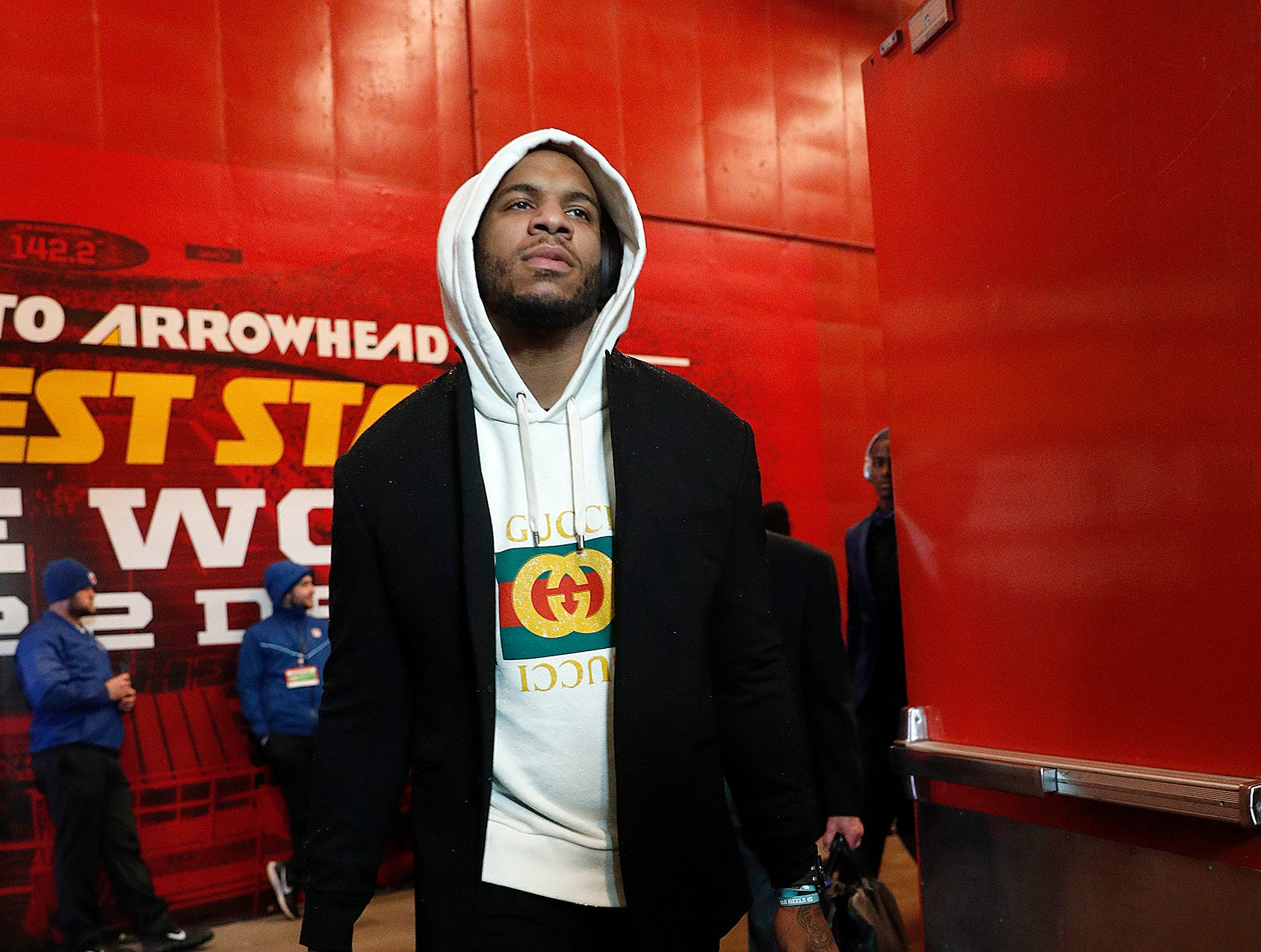 Indianapolis Colts tight end Eric Ebron (85) and the Indianapolis Colts arrive for their game against the Kansas City Chiefs at Arrowhead Stadium in Kansas City, MO., on Saturday, Jan. 12, 2019.