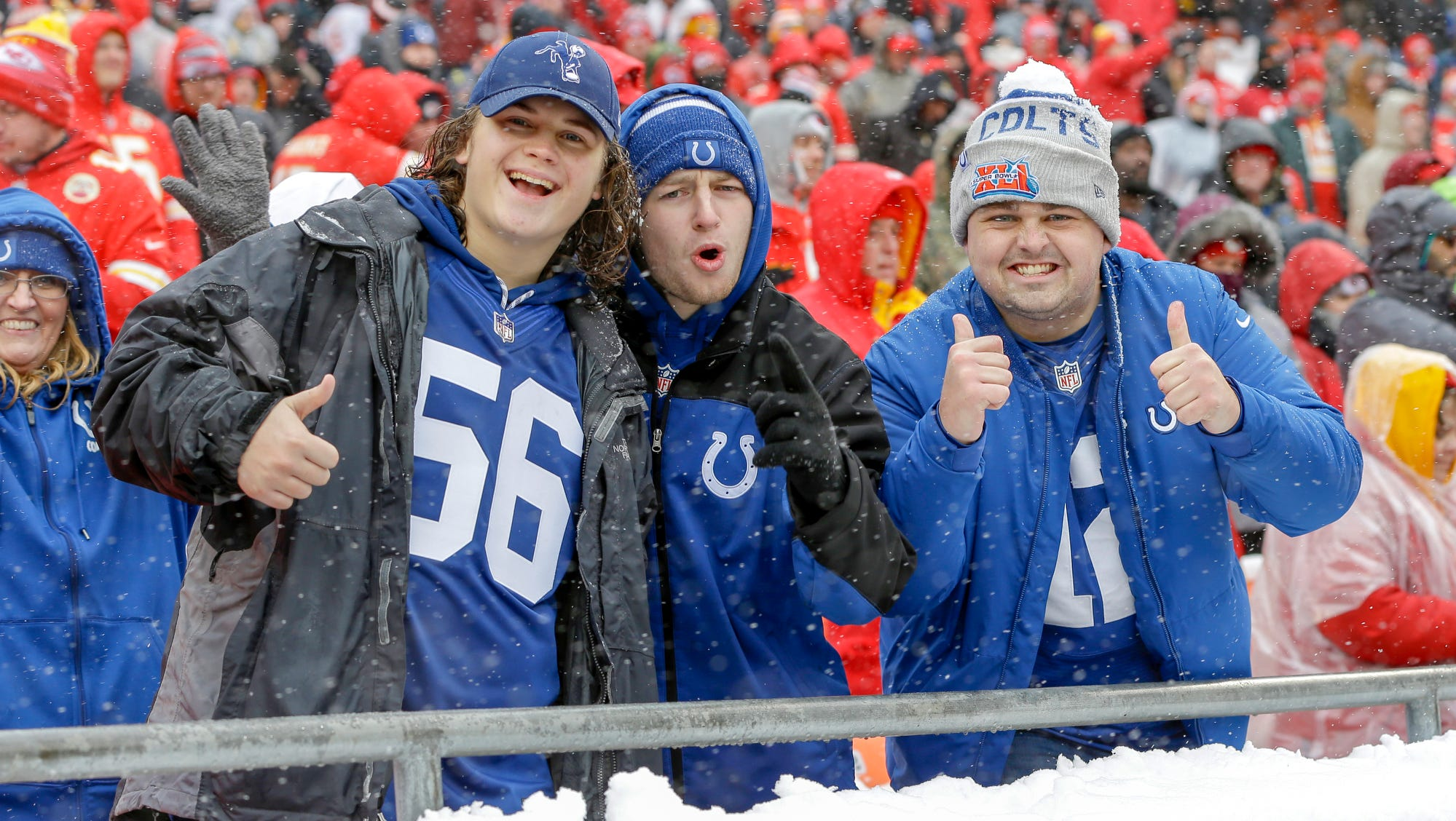 Indianapolis Colts fans cheer inside the Kansas...
