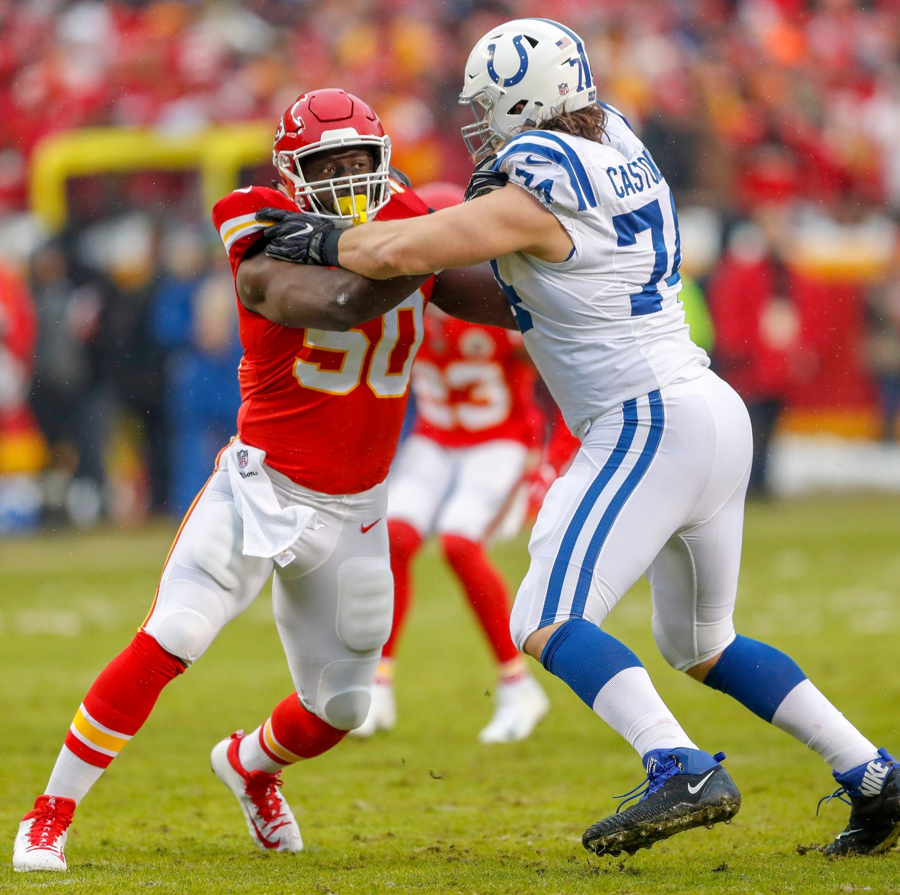 Colts land big-name free agent in pass rusher Justin Houston