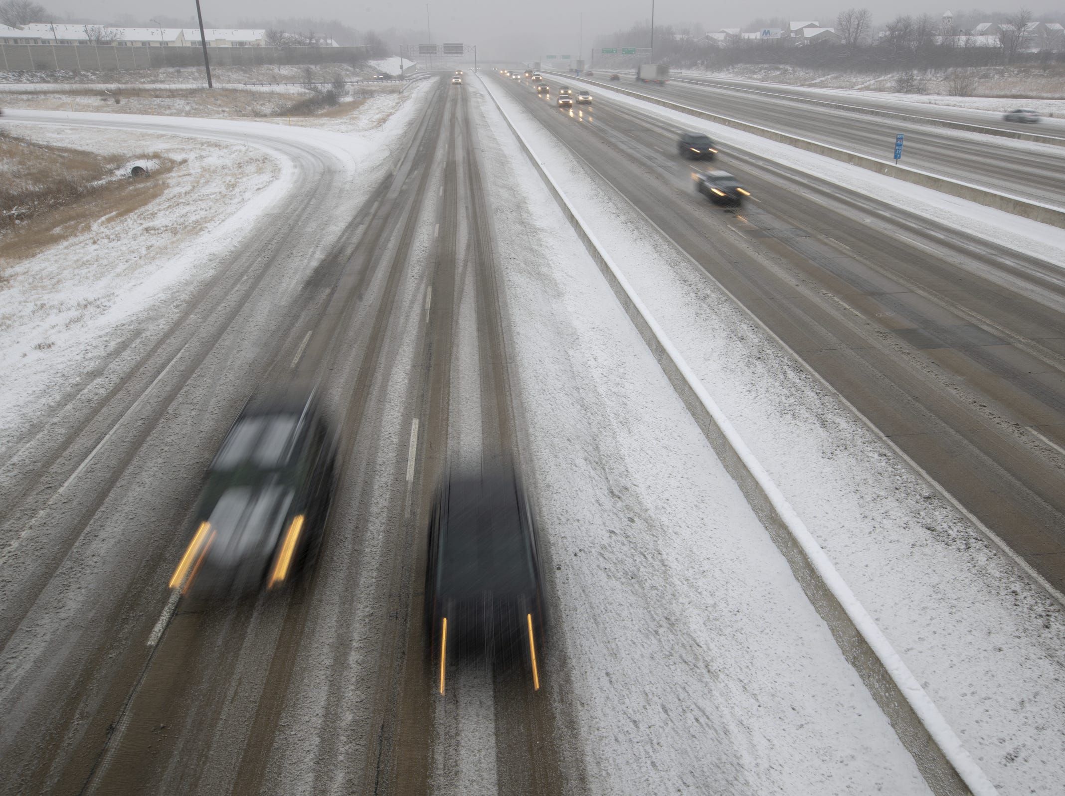Cars on 465 on the city's east side, on a day where 5-7 inches of snow is expected to fall in Central Indiana, Indianapolis, Saturday, Jan. 12, 2019.