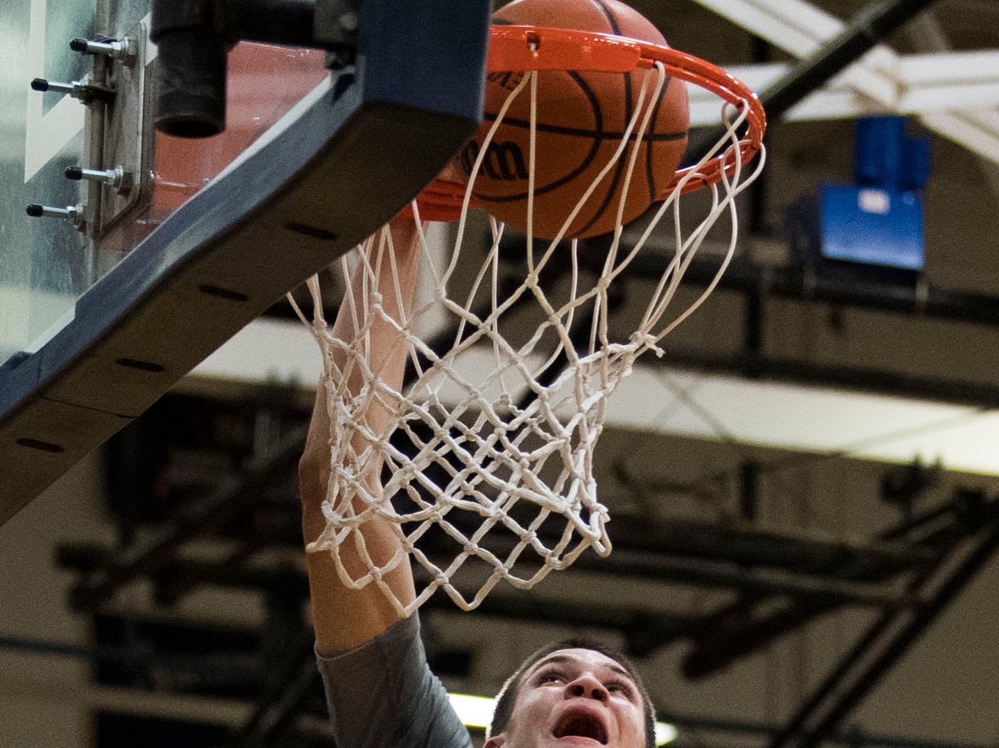 Maryville's Ashton Maples (2) dunks the ball during a high school basketball game between Maryville and Farragut at Farragut, Friday, Jan. 11, 2019.