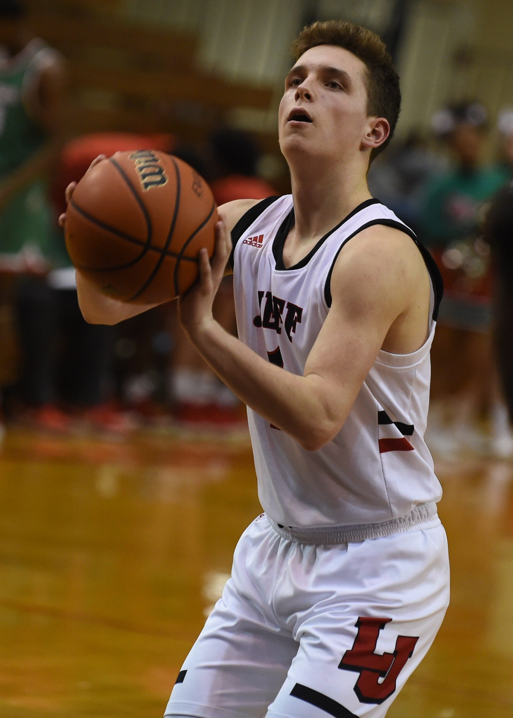 Lafayette Jeff guard Avery Beaver lit up Marion for 31 points Friday night.