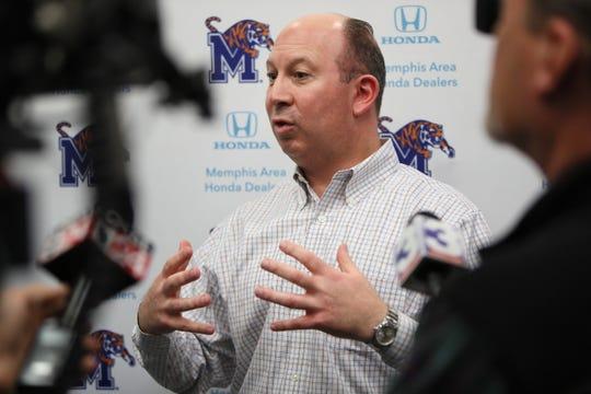 Memphis special teams coordinator Pete Lembo