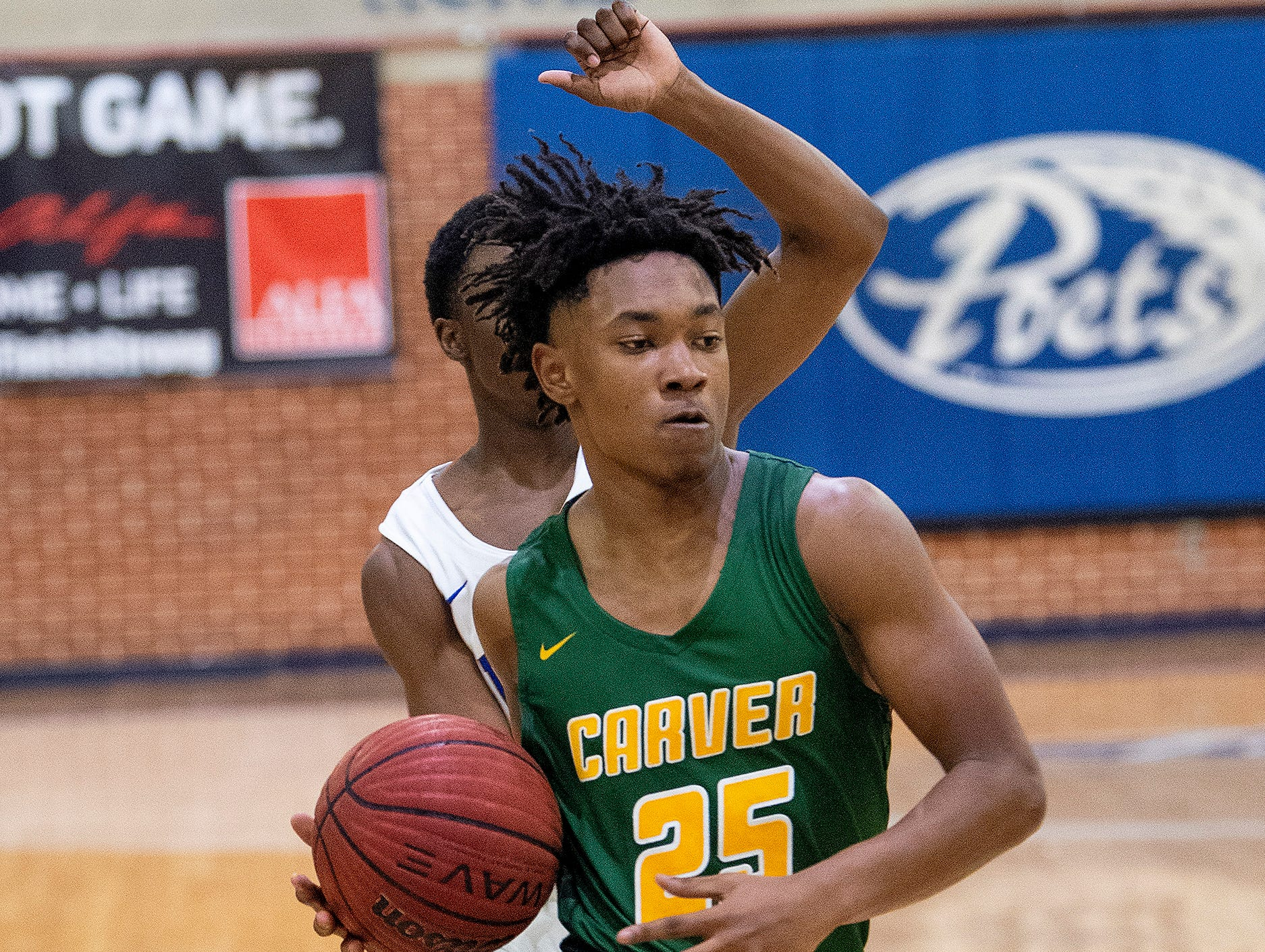 Carver's Juwon Gason (25) against Lanier at the Lanier campus in Montgomery, Ala., on Friday January 11, 2019.