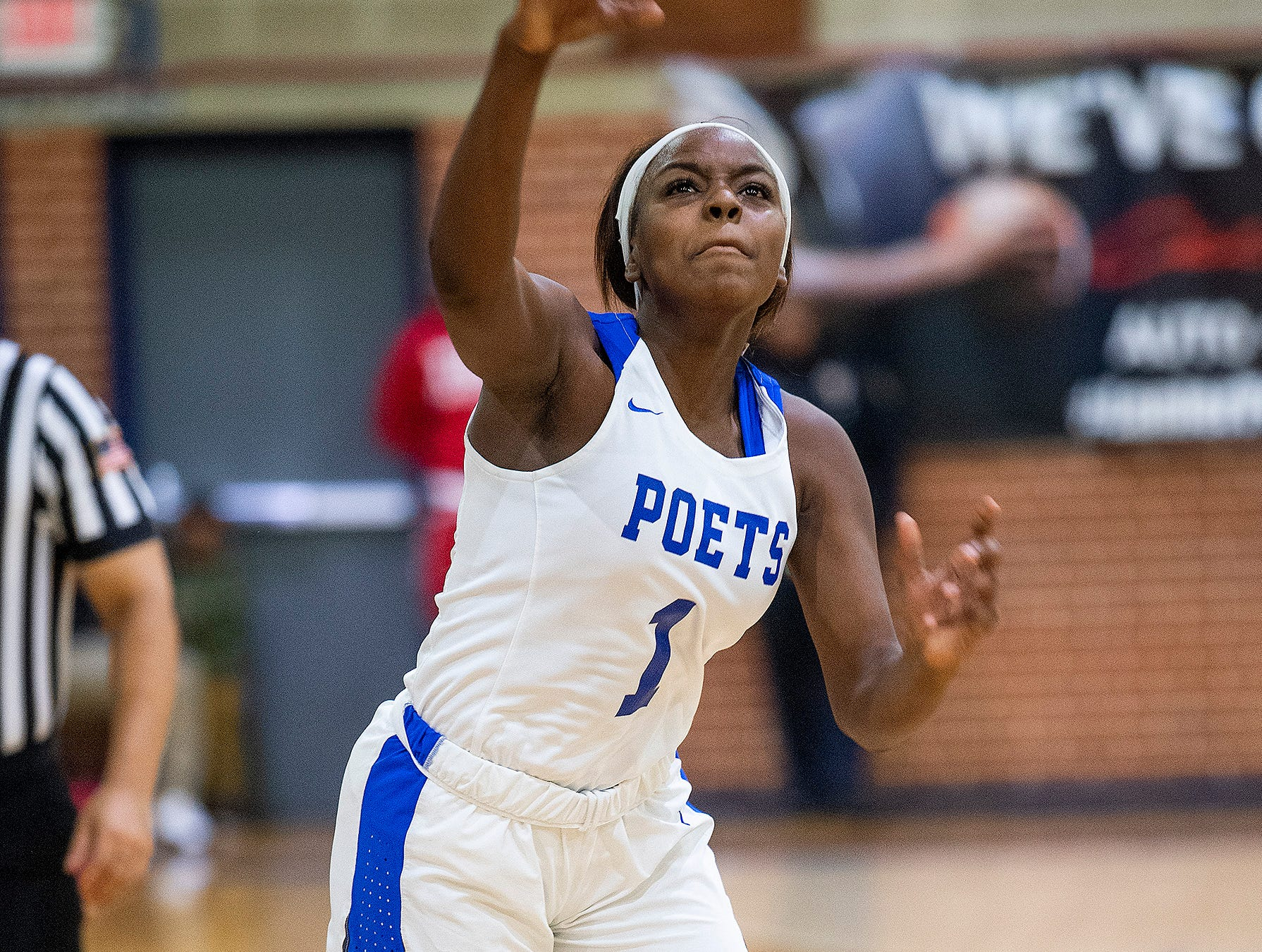 Lanier's Ashley Shakelford (1) against Carver at the Lanier campus in Montgomery, Ala., on Friday January 11, 2019.
