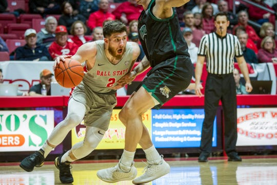 Ball State's Tayler Persons drives to the basket against Ohio on Saturday, January 12, 2019 at Worthen Arena.