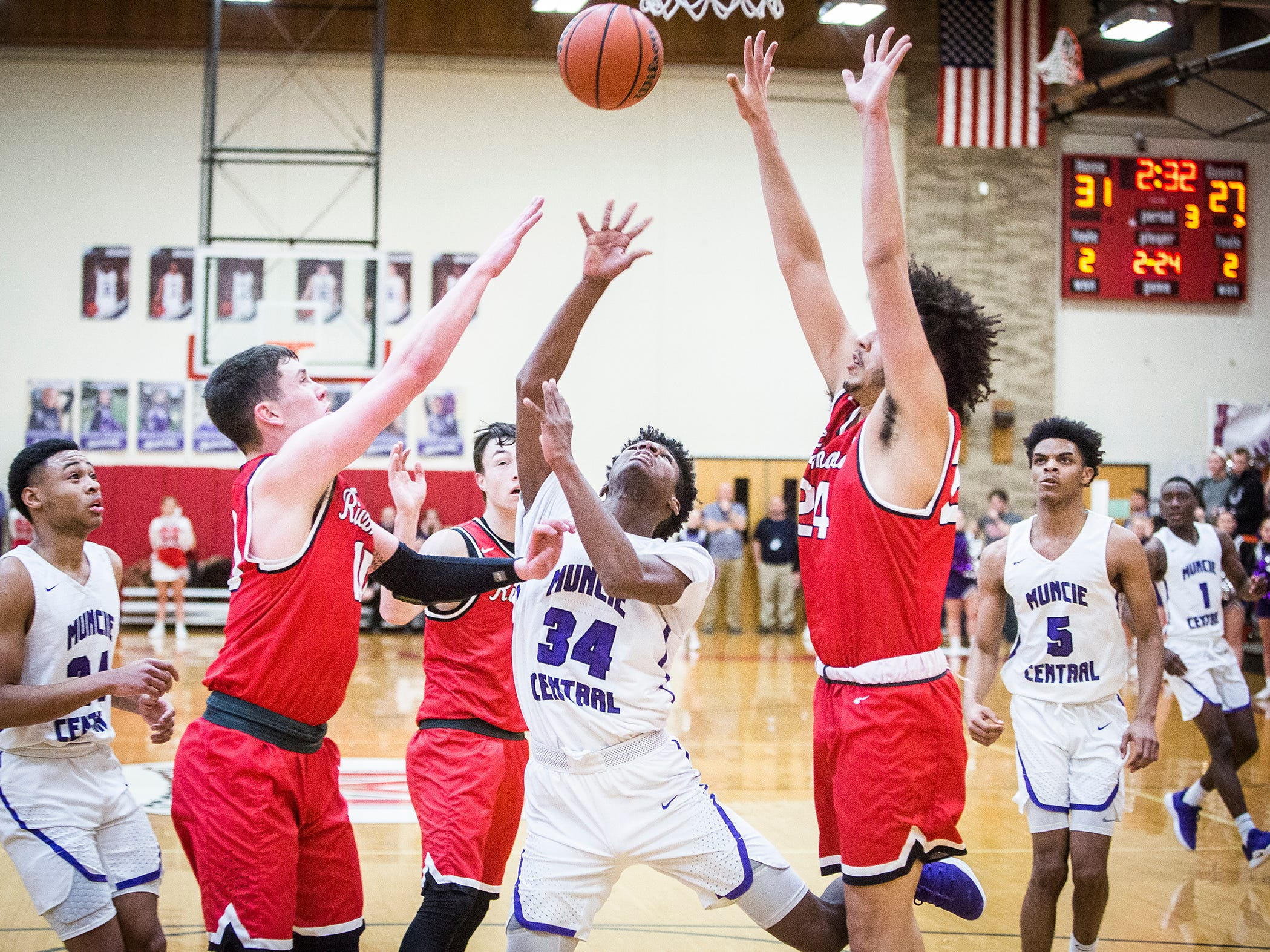 Central defeated Richmond during their game at Southside Middle School Friday, Jan. 11, 2019.