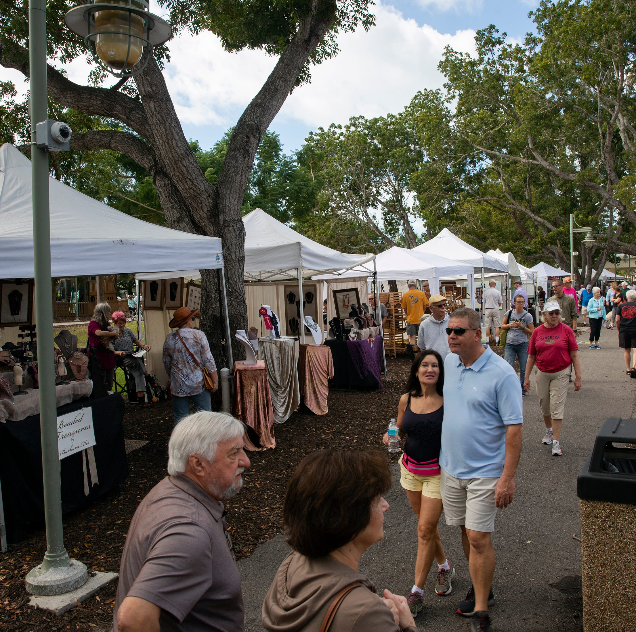 Monthly Naples Artcrafters show in Cambier Park draws crowds and color