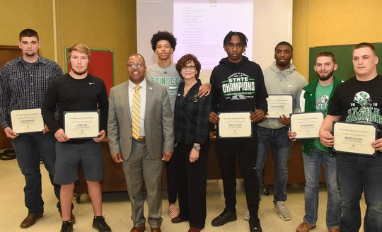 School Board Honors Eunice Football For State Championship