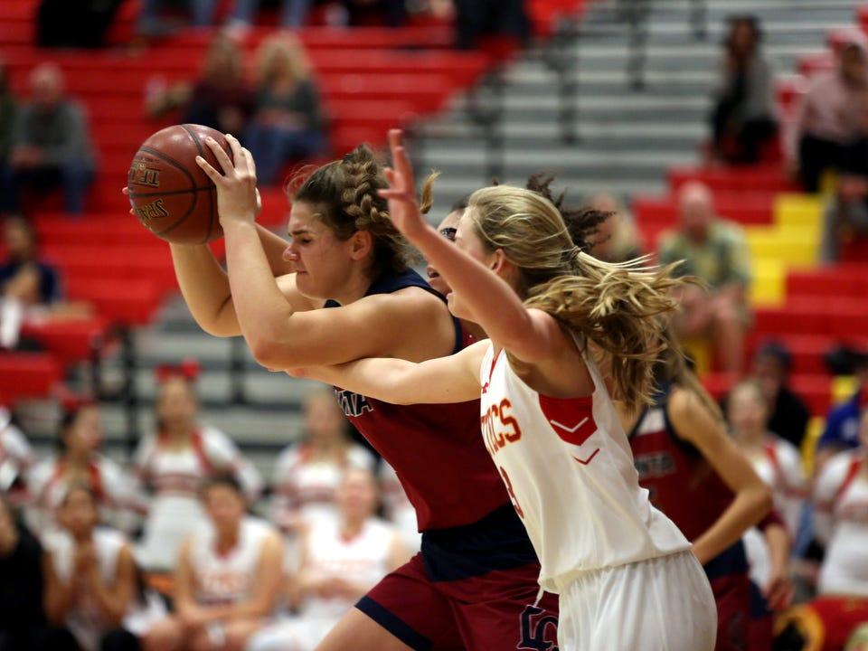Palm Desert host La Quinta in a girls' basketball game on Friday, January 11, 2019. Palm Desert won.