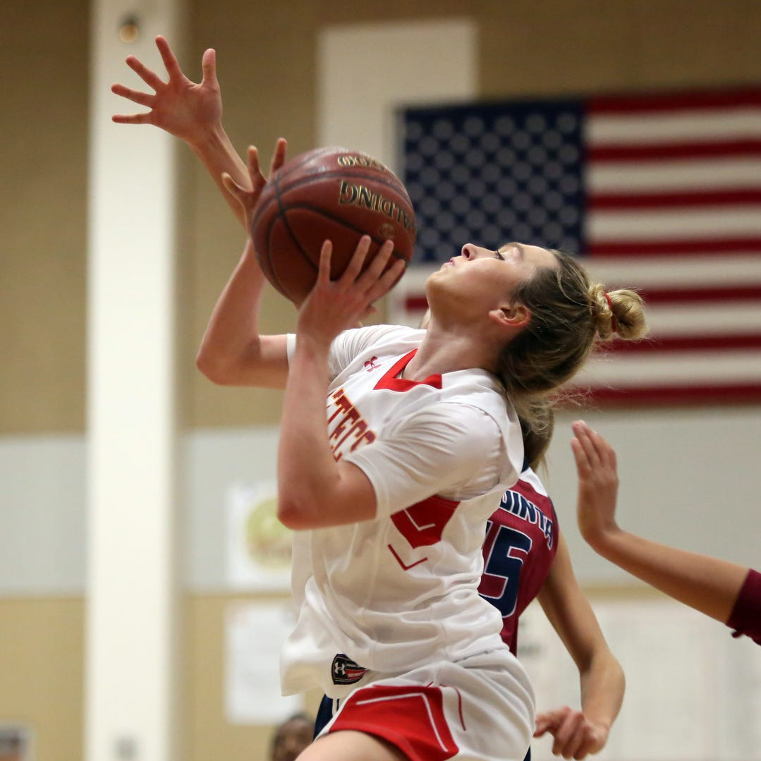 She did what? Palm Desert's Alexis Legan scores record 50 points in win over Rancho Mirage