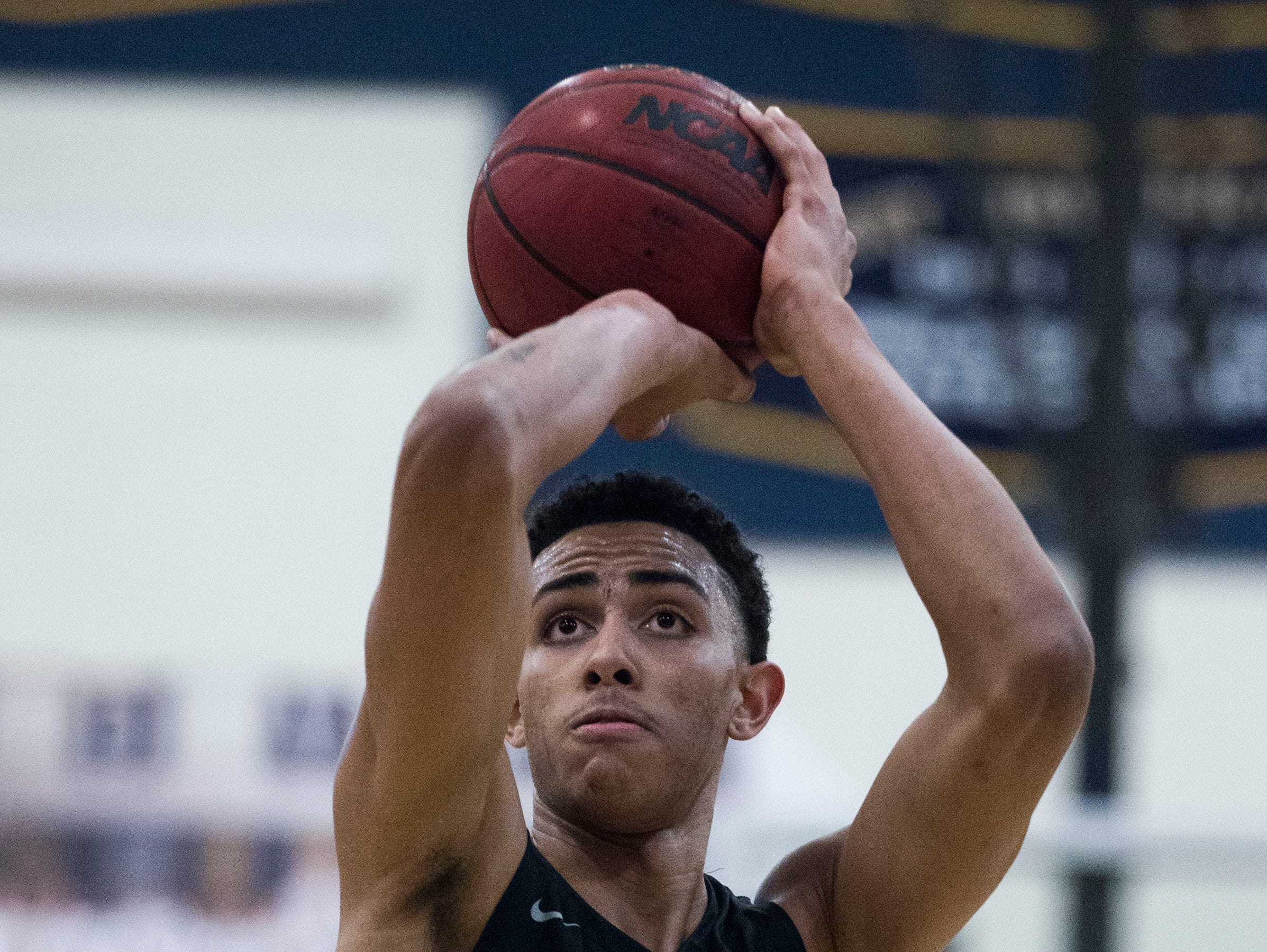 Mountain Pointe's Jalen Graham (24) shoots a free-throw against Desert Vista during in the second half of their game at Desert Vista High School in Phoenix, Friday, Jan.11, 2019.