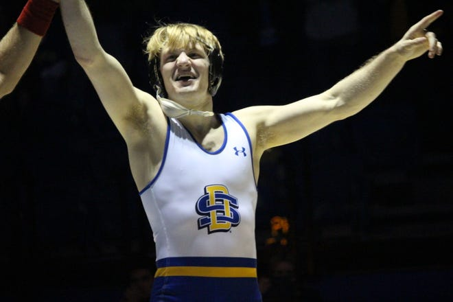 Henry Pohlmeyer celebrates his win over Max Thomsen Friday night at Frost Arena