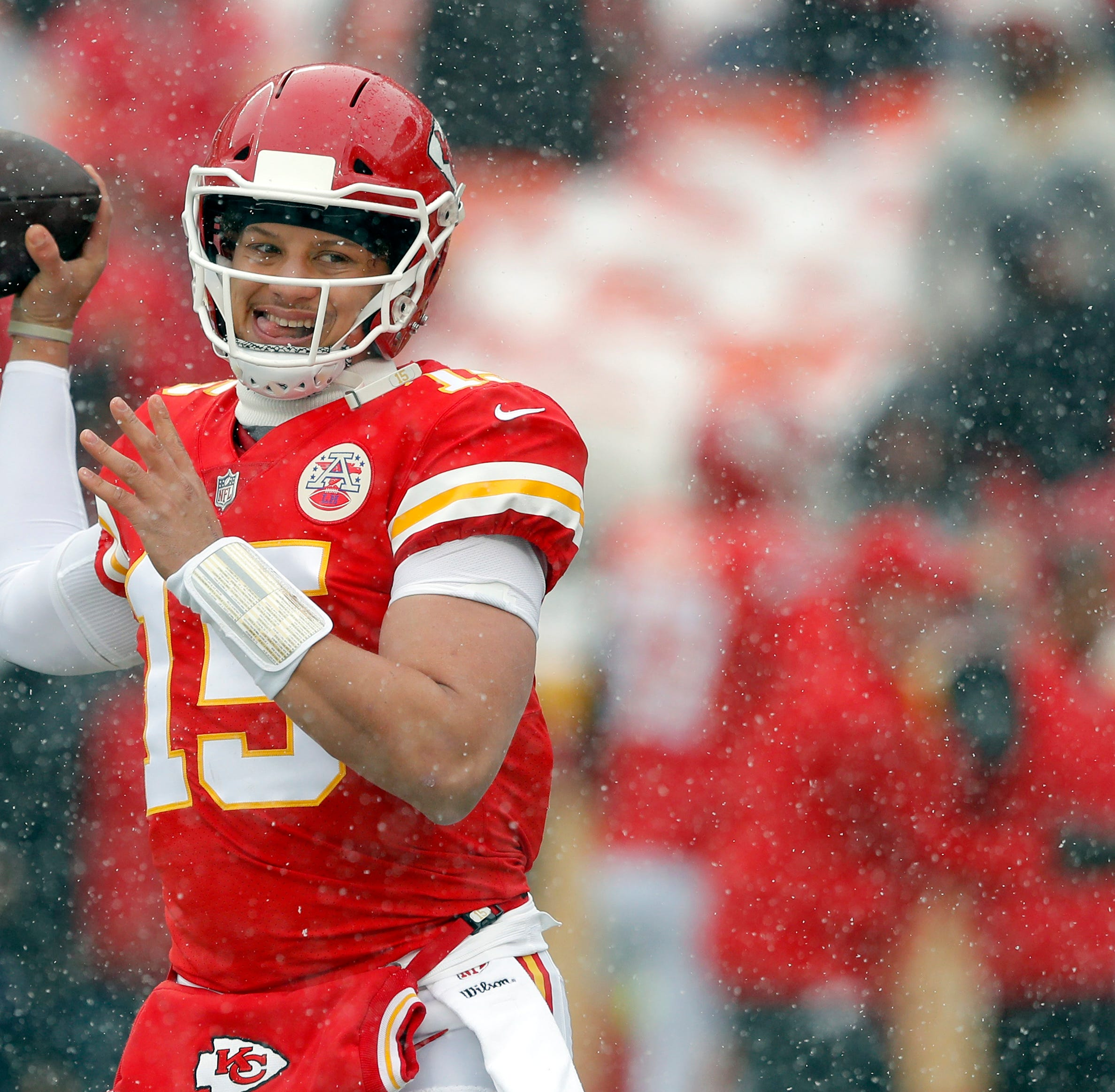 Chiefs coach to fans: Enough with the snowballs