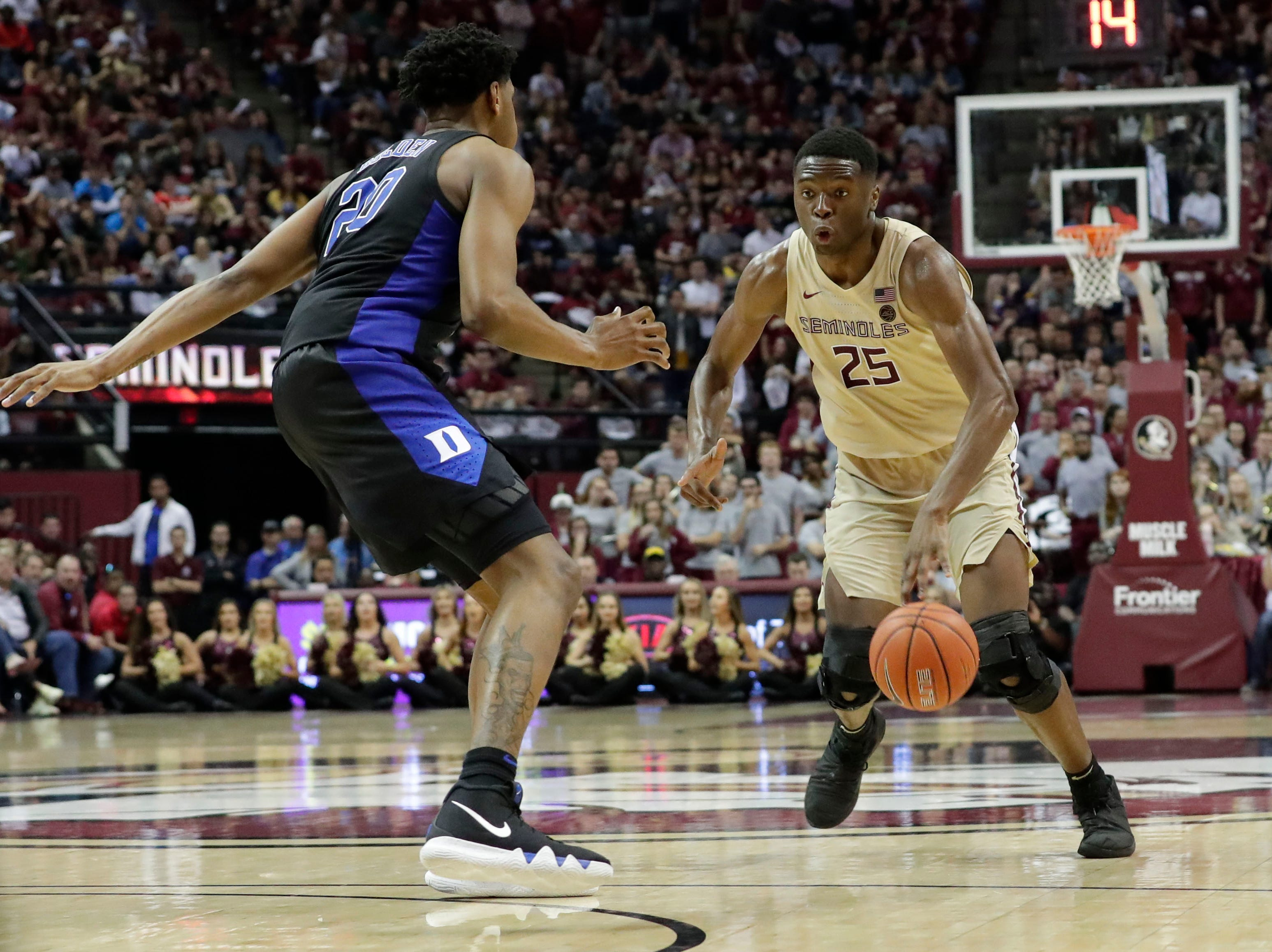 Florida State Seminoles forward Mfiondu Kabengele (25) drives the ball towards the hoop. Ranked 13 in the ACC, the Florida State Seminoles host the number 1 team, the Duke Blue Devils, at the Tucker Civic Center, Saturday, Jan. 12, 2019.