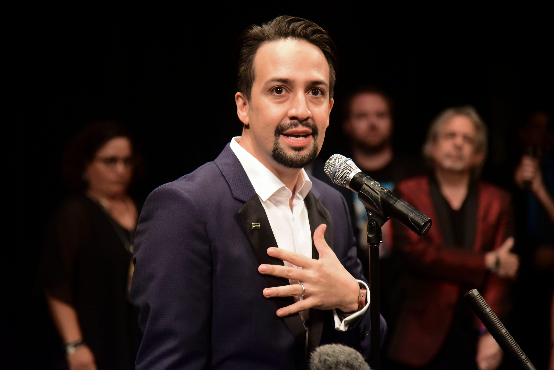 Lin-Manuel Miranda reprises 'Hamilton' role in Puerto Rico to raise funds