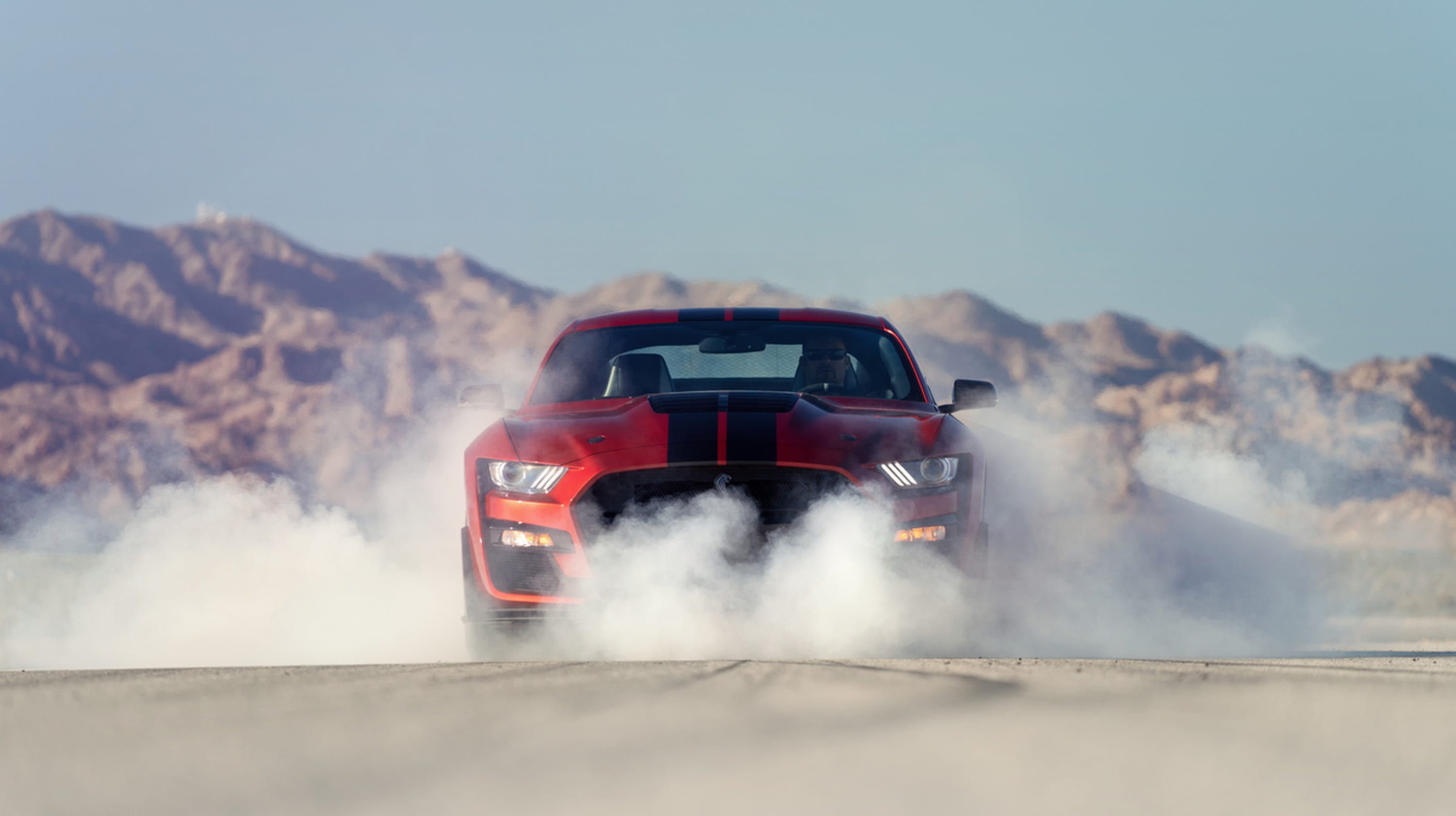 Detroit auto show ford shelby gt 500 mustang debuts
