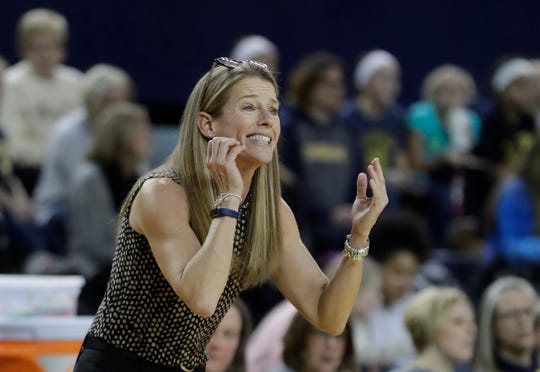 """""""We had lanes to the basket and (Maryland's Shakira Austin) was able to recover and come from out of the play and disrupt our shots,"""" said Michigan coach Kim Barnes Arico after her team's 83-69 loss to the No. 9 Terrapins."""