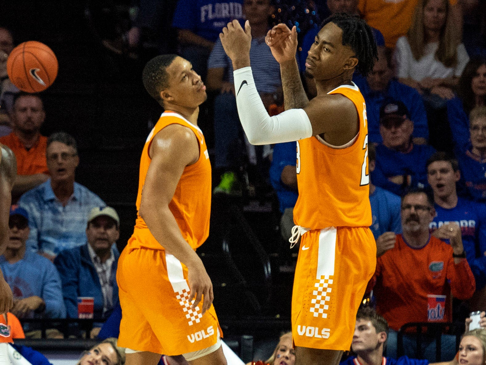 Tennessee Volunteers guard Jordan Bowden (23) and forward Grant Williams (2) react during the second half against the Florida Gators  on Jan. 12, 2019.