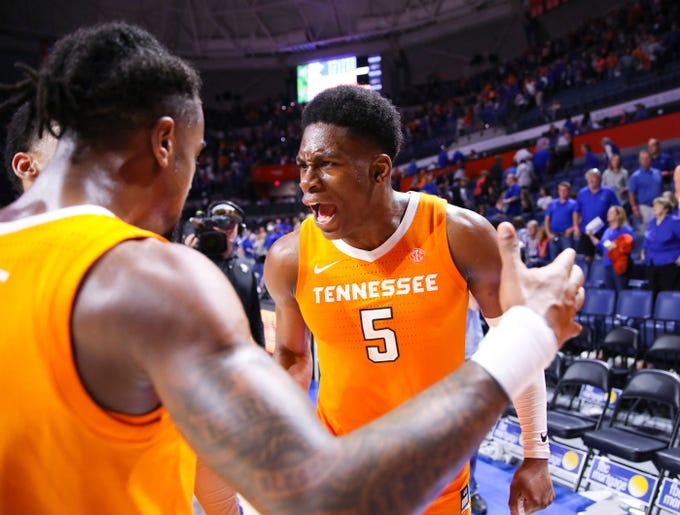 Tennessee guard Admiral Schofield (5) celebrates after the team's 78-67 win against Florida on Saturday, Jan. 12, 2019.