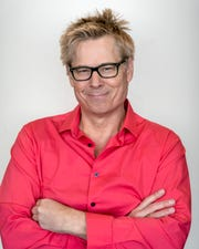 "Kato Kaelin, the Nicolet High School graduate who became famous as O.J. Simpson's house guest, has a new address: the celebrity guest house on ""Big Brother: Celebrity Edition,"" which premieres on CBS Jan. 21 and 22."