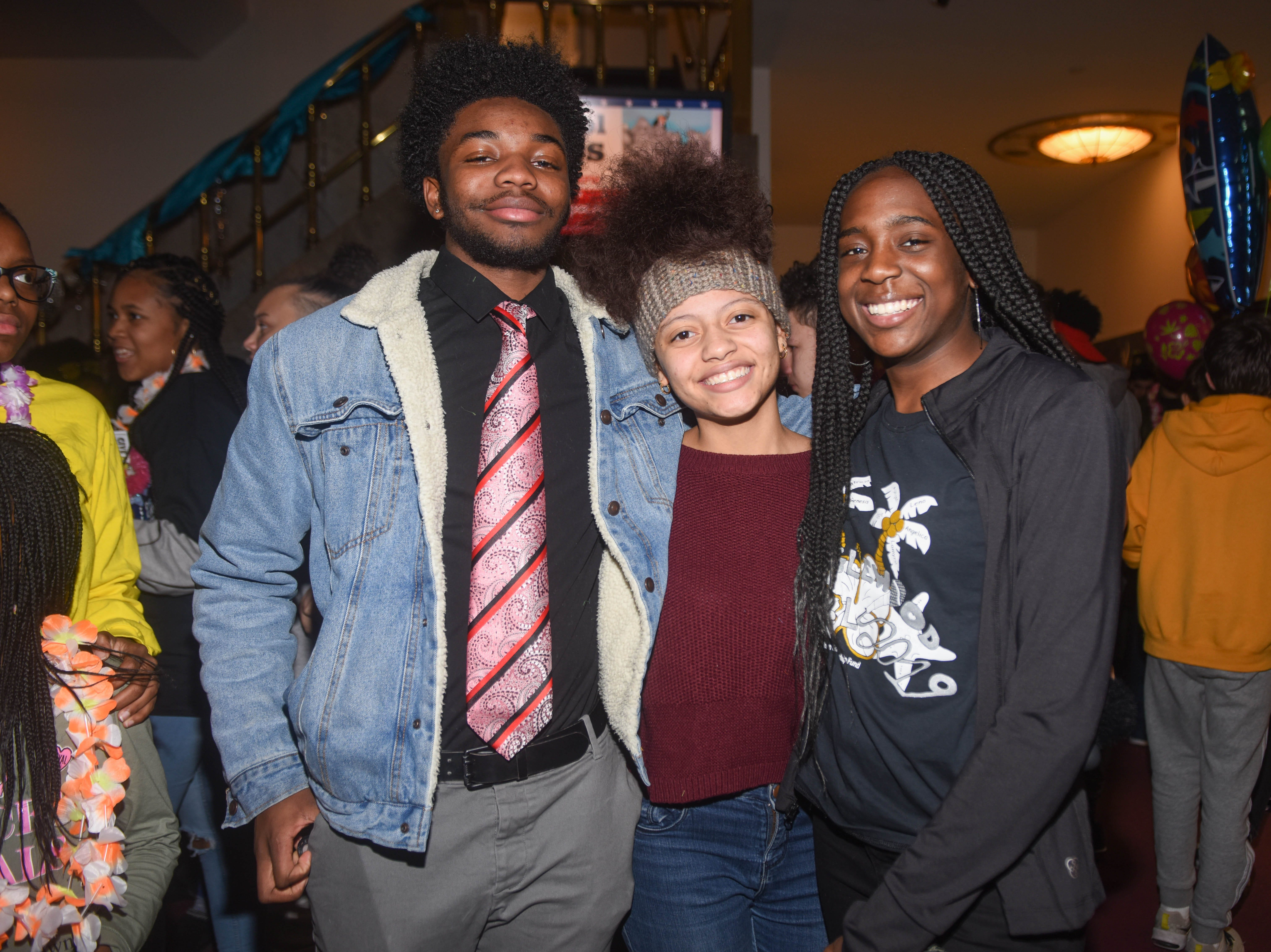 Jeff, Veronica and Lilly. The 2019 Englewood Idol was held at bergenPAC theater. The singing competition is open to any high school student who currently lives or goes to school in Englewood, NJ. This years winner was Genesis Capellan. 01/11/2019