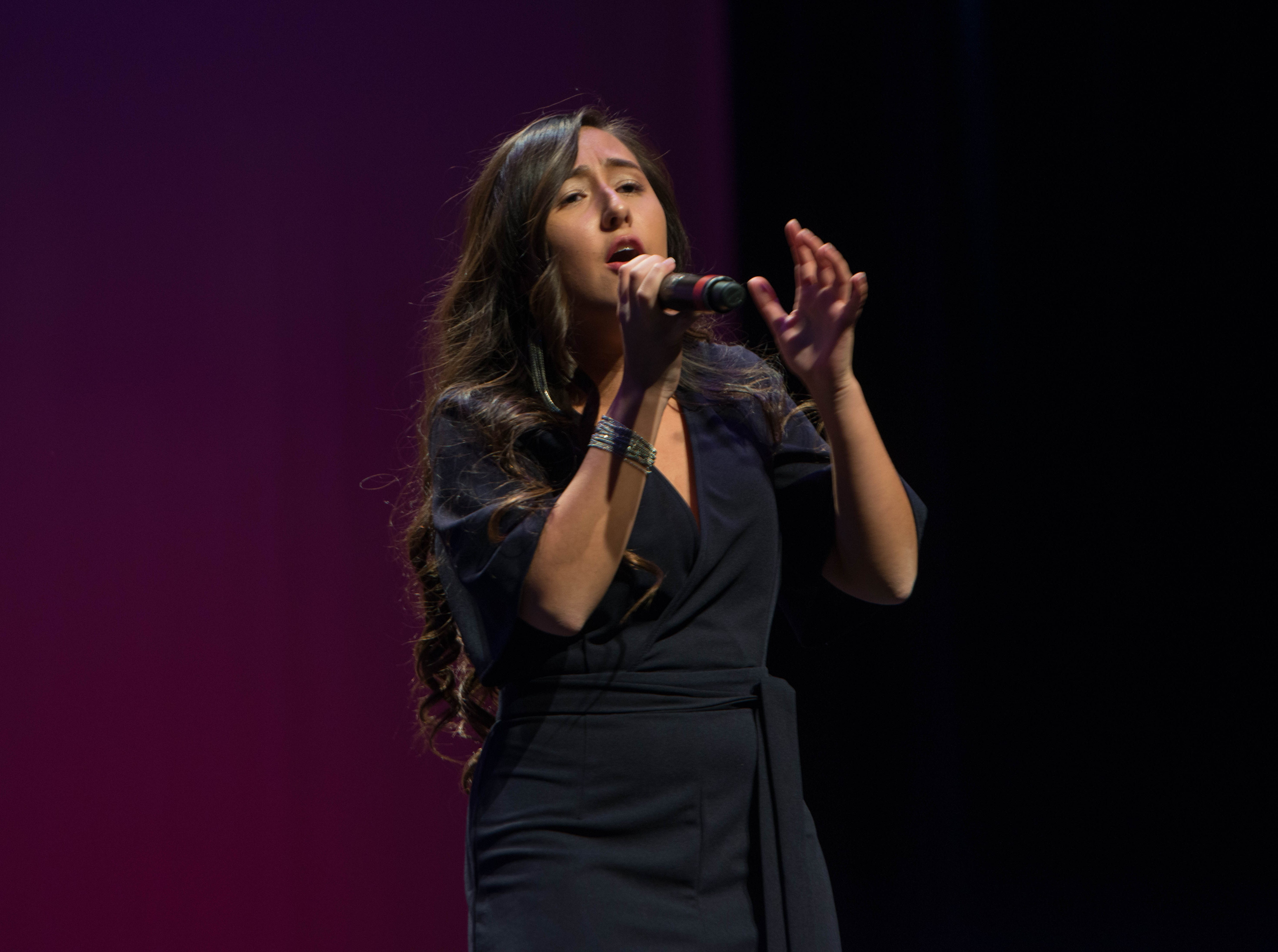 Angelica Muñoz. The 2019 Englewood Idol was held at bergenPAC theater. The singing competition is open to any high school student who currently lives or goes to school in Englewood, NJ. This years winner was Genesis Capellan. 01/11/2019