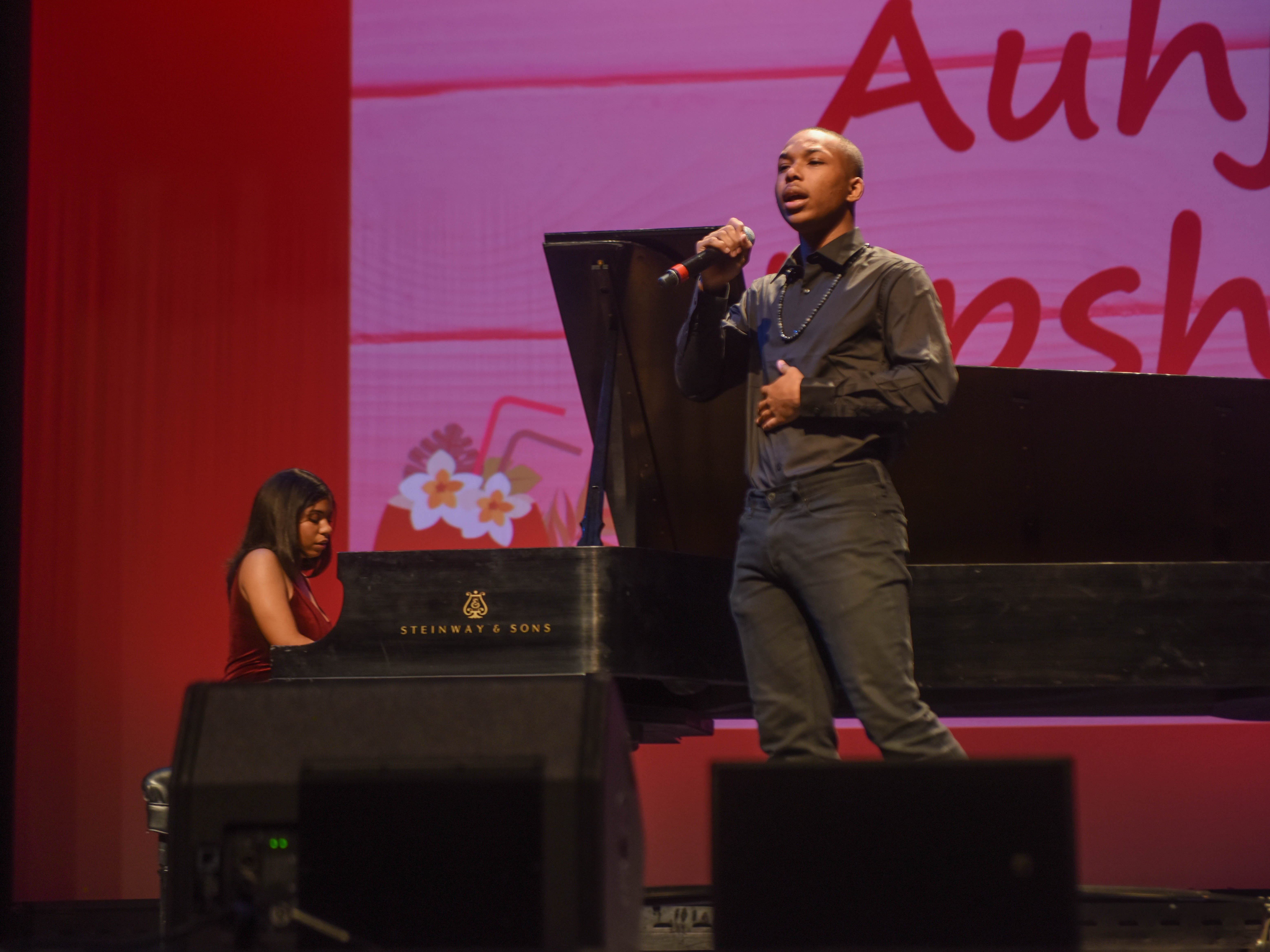 Auhjen Upshaw. The 2019 Englewood Idol was held at bergenPAC theater. The singing competition is open to any high school student who currently lives or goes to school in Englewood, NJ. This years winner was Genesis Capellan. 01/11/2019