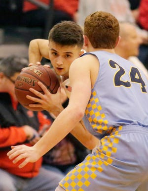 Sheboygan South's Josh Govek broke the school's all-time scoring record Friday, which had been held by Gordy Zastrow since 1977.