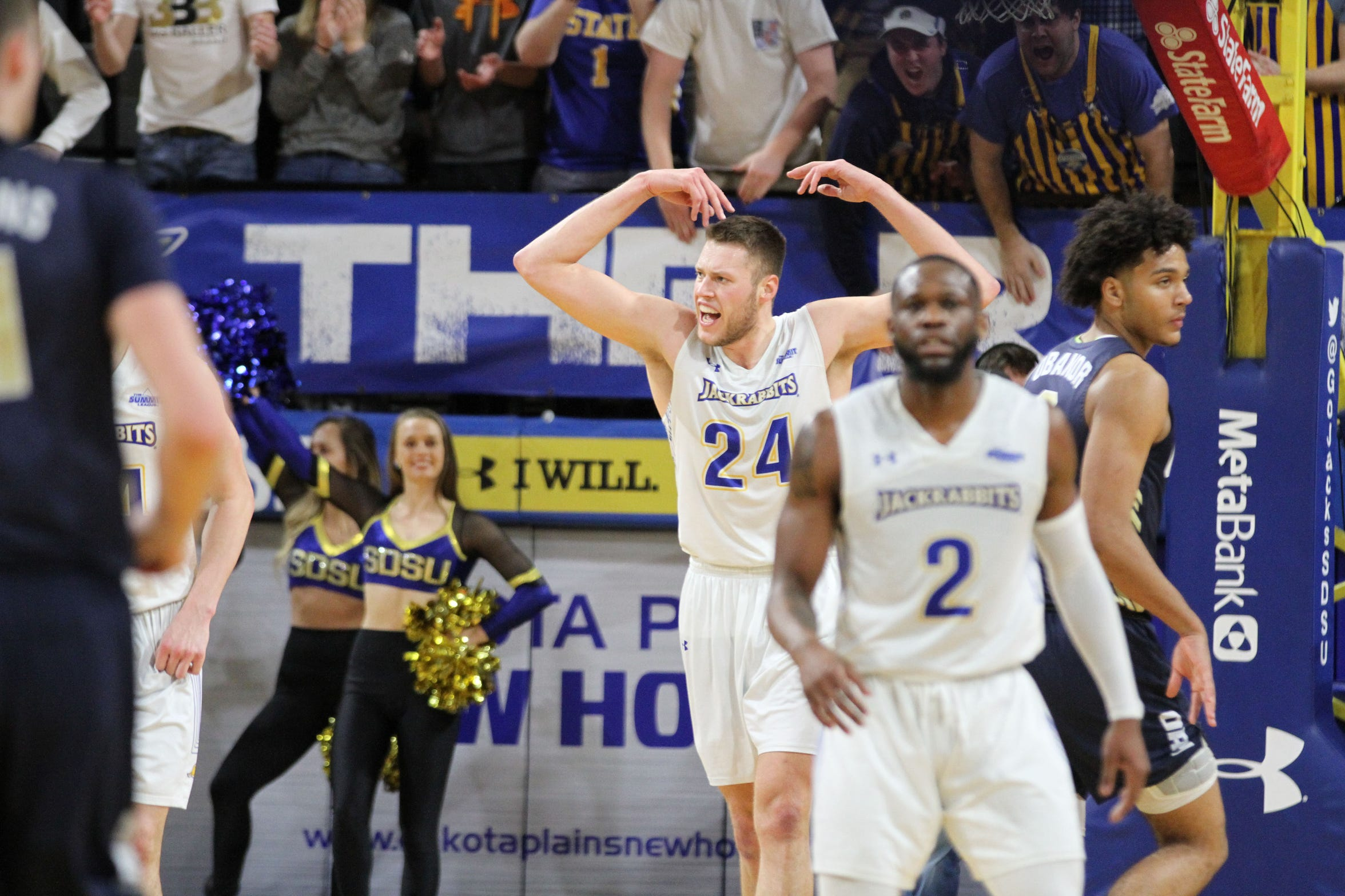 South Dakota State's Mike Daum (24) fires up the crowd during the second half of the Jackrabbits' matchup with Oral Roberts Saturday afternoon at Frost Arena in Brookings.