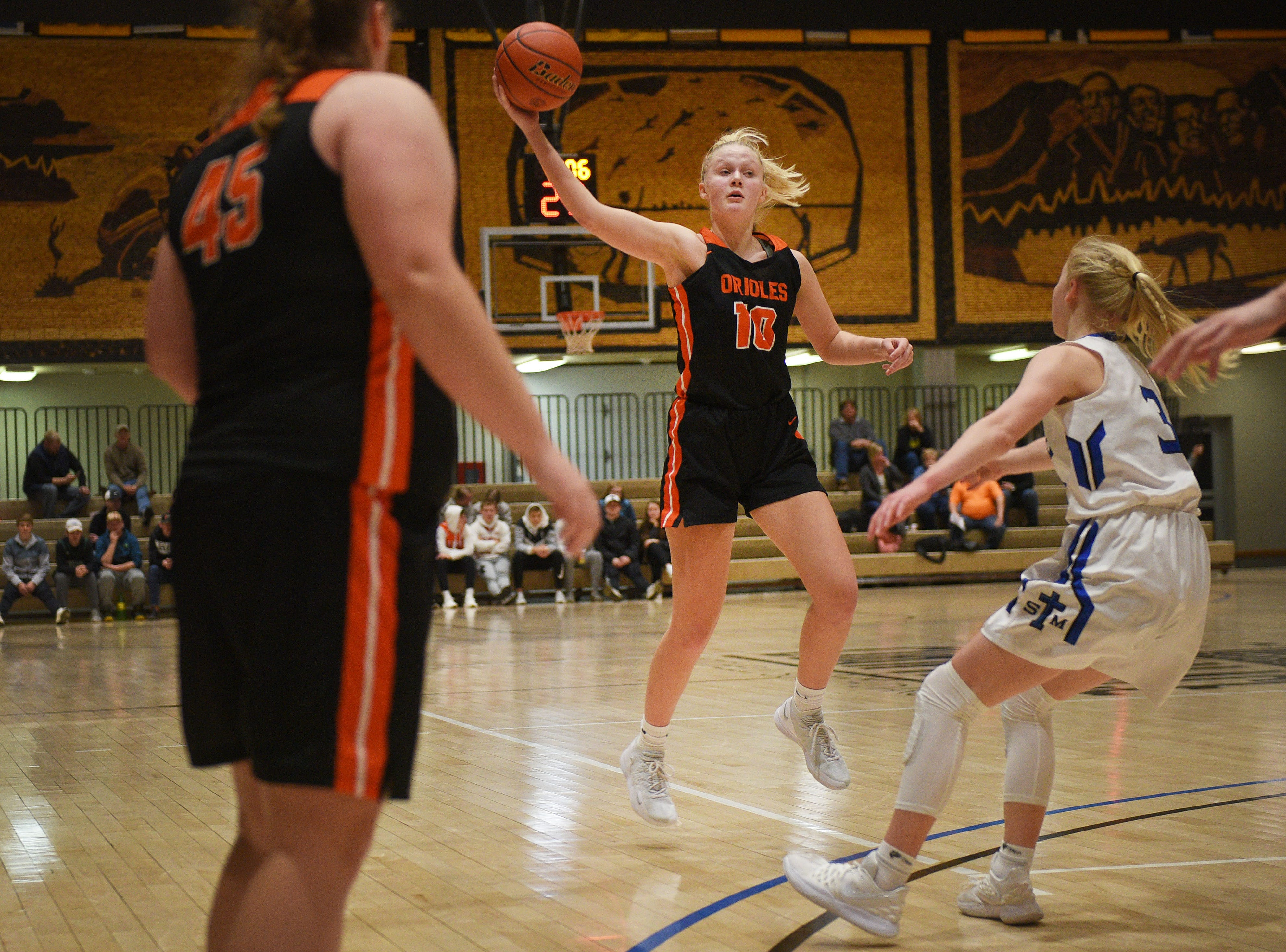Lennox's Madysen Vlastuin during the game against St. Thomas More in the Hanson Girls Classic Saturday,  Jan. 12, in Mitchell.