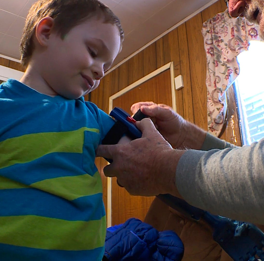 Boy, 3, loves new 3D printed arm from family friend