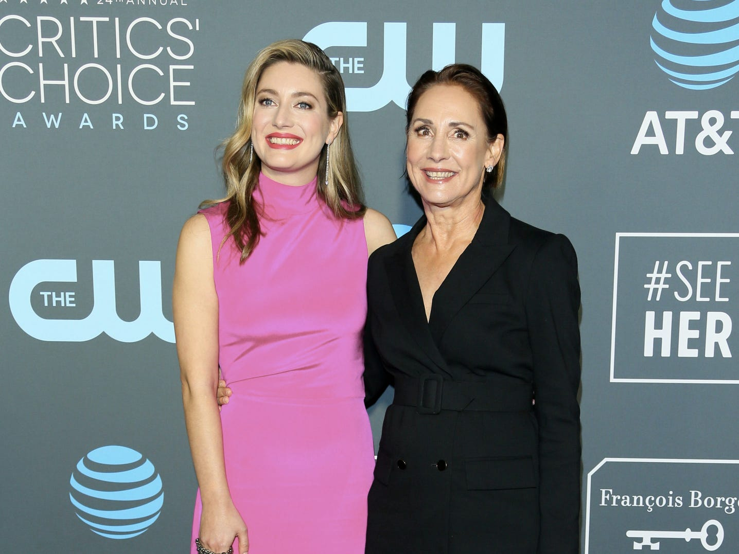 Laurie Metcalf (R) and her daughter actress Zoe Perry