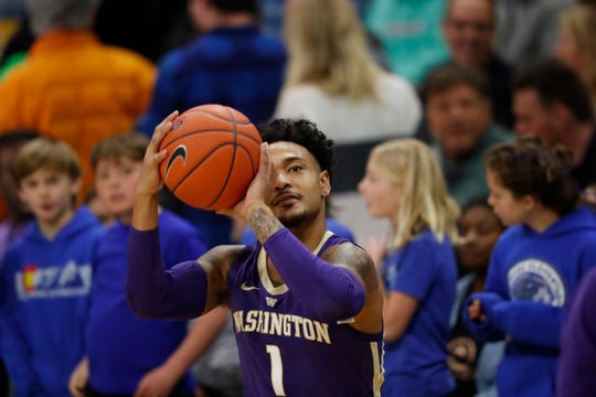 "Huskies guard David Crisp said the basket looks like ""the ocean"" to him right now. Crisp is shooting 67.8 percent from 3-point range and averaging more than 18 points per game in three Pac-12 contests."
