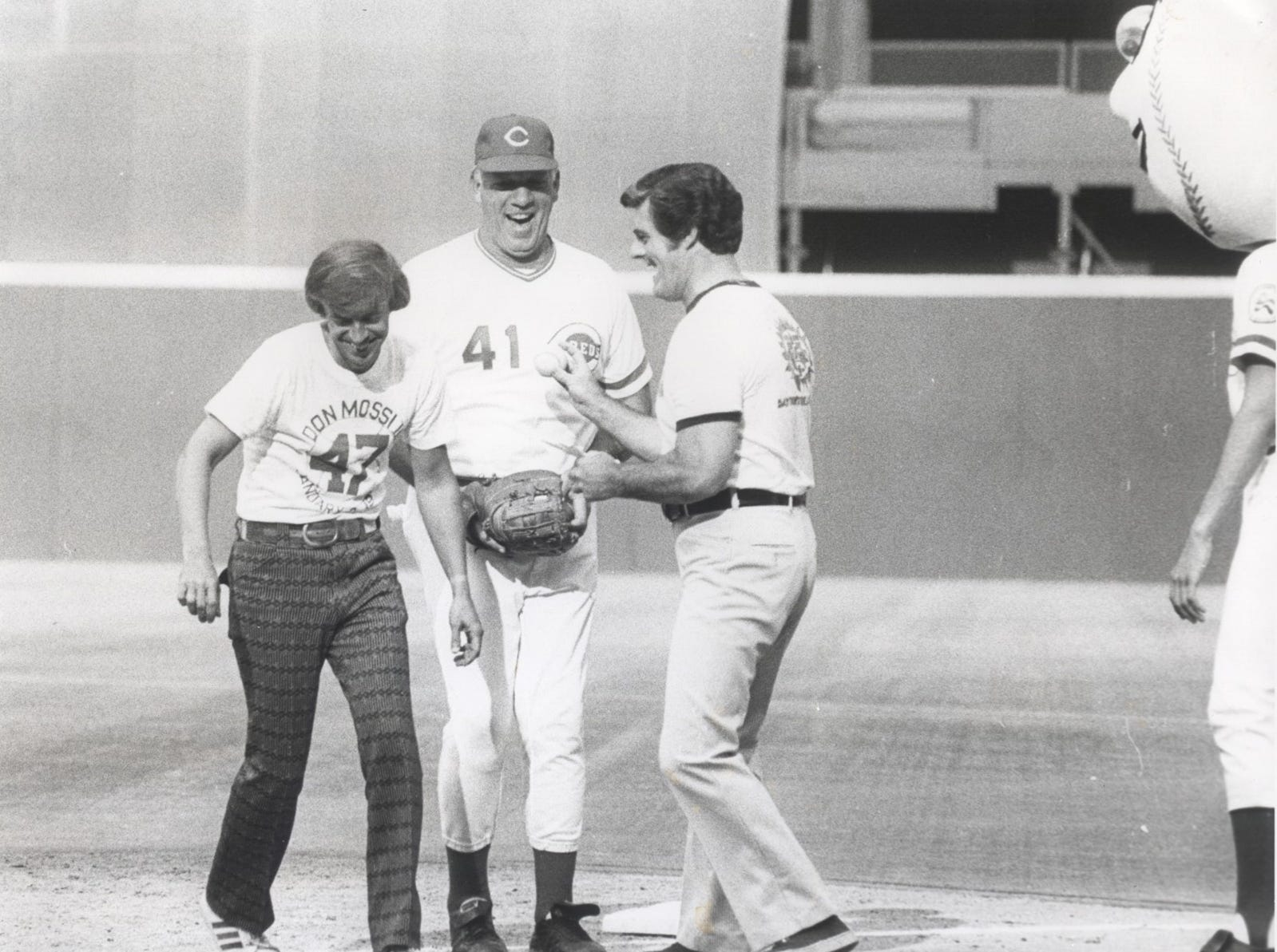 Nuxhall family photo Marty Brennaman, Joe Nuxhall and Bob Braun share a laugh on the Riverfront Stadium field in the 1970s. UNDATED: NUXHALL FAMILY PHOTO: Marty Brennaman, Joe Nuxhall and Bob Braun (WLW).