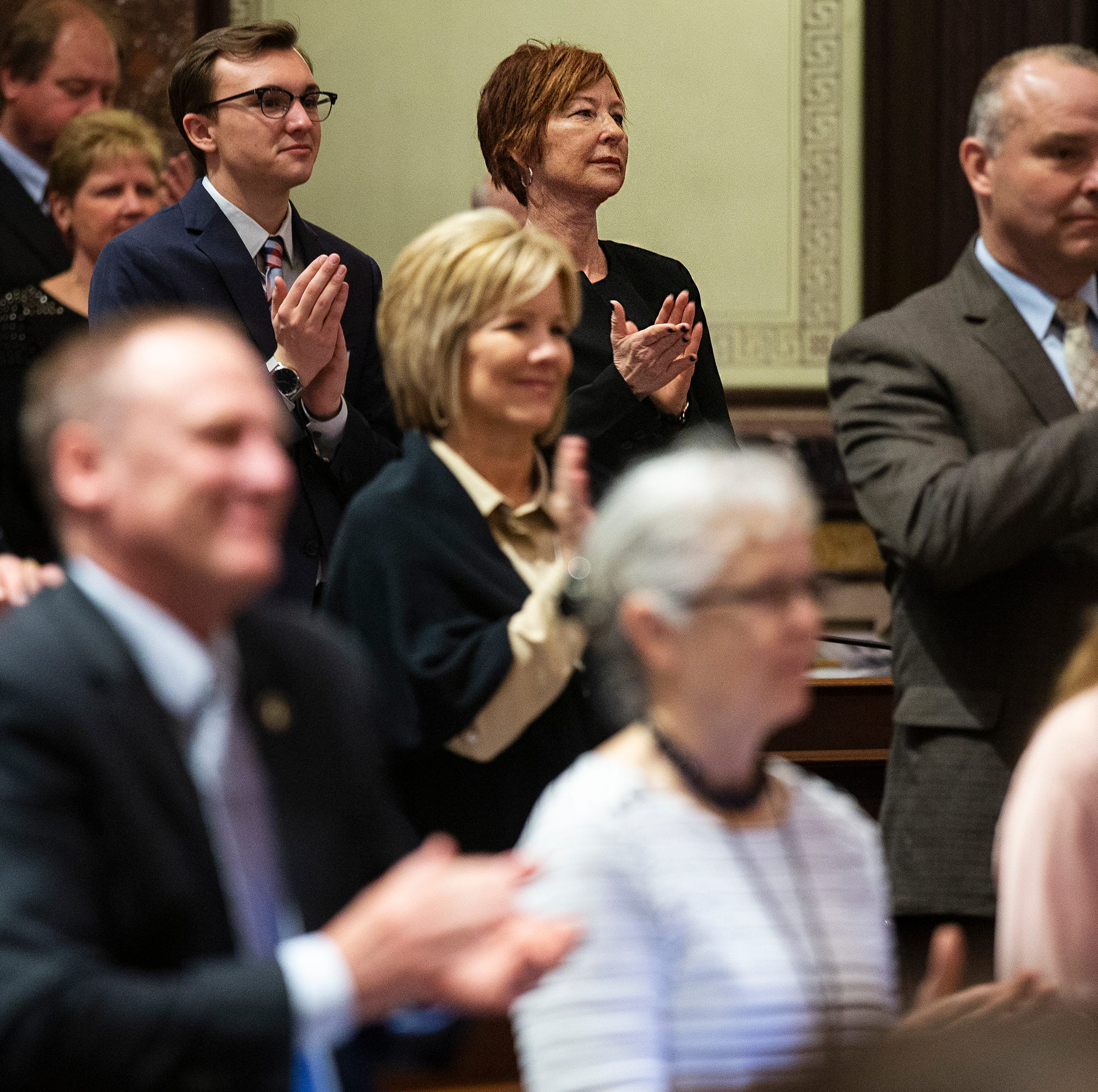 Week 1 of Iowa Senate for new member: 'All Kumbaya,' then partisanship, then parties